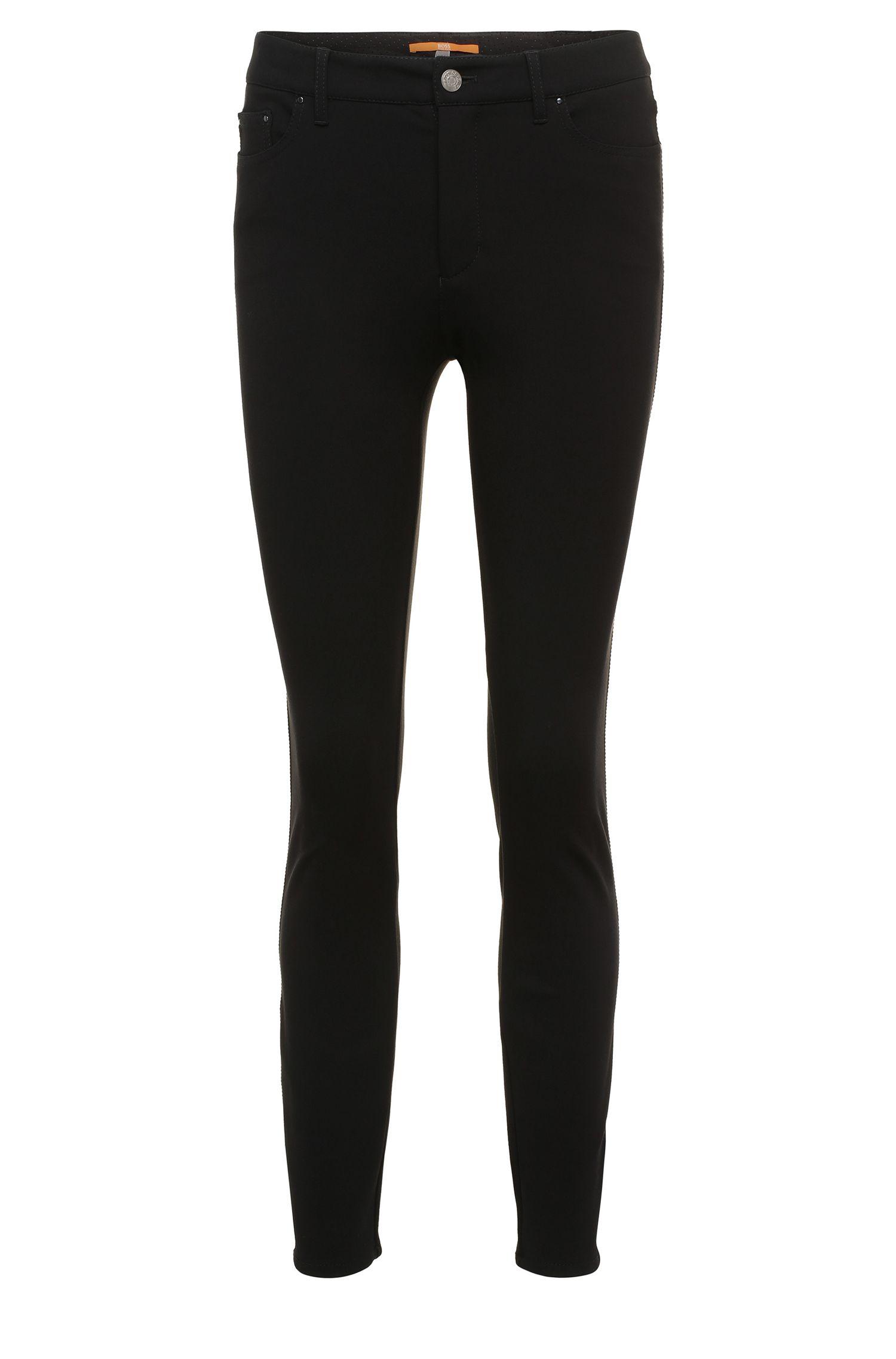 Pantalon ajusté en viscose extensible mélangée, de style cinq poches: «Sobina»