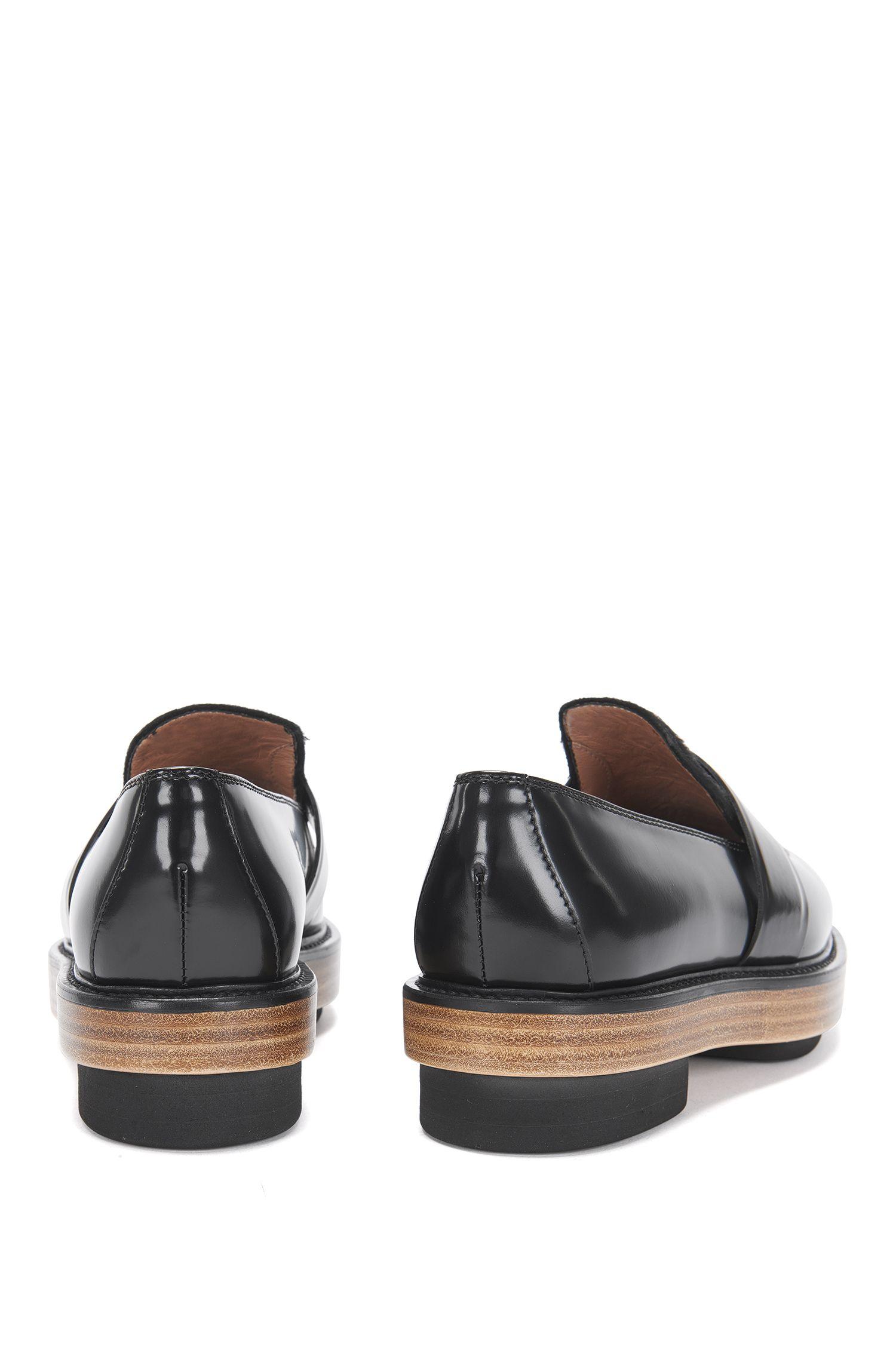 Mocassins de l'édition Runway en cuir dotés d'un empiècement en peau de vachette: «Loafer Platform»