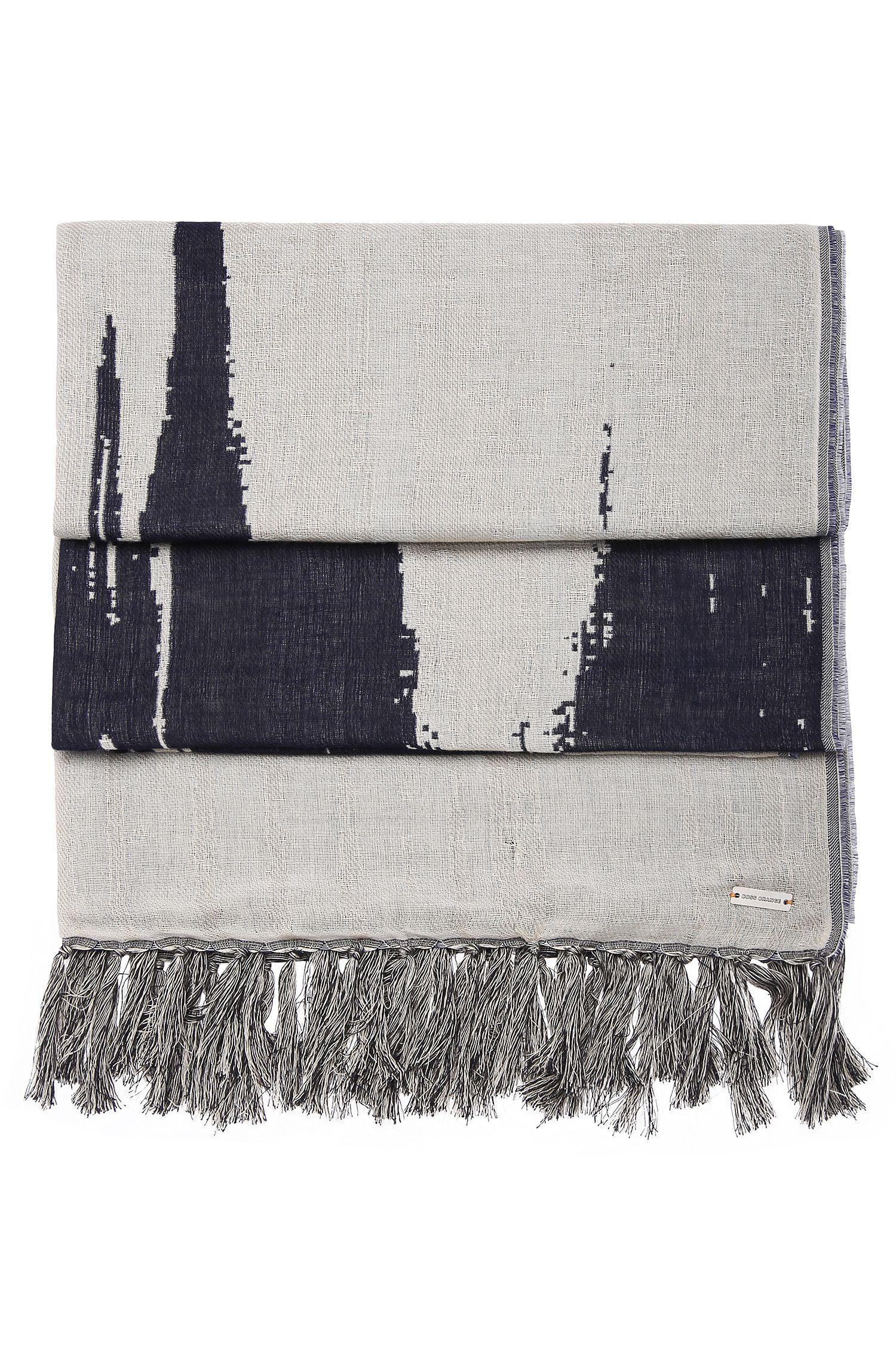 Sjaal met dessin, van een katoenmix met wol: 'Nod'