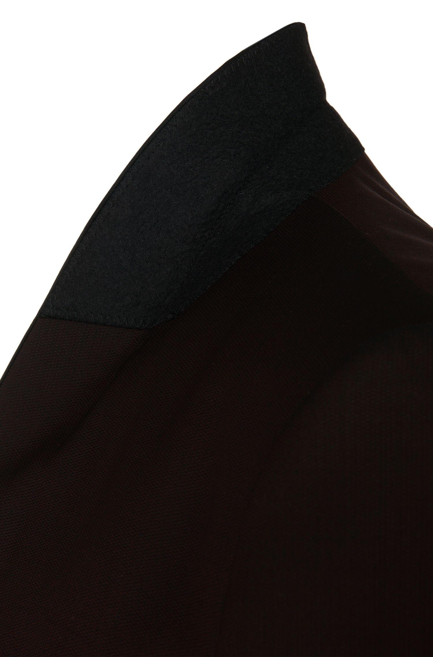 Regular-Fit Smoking aus Schurwolle mit Besätzen in Seiden-Optik: 'C-John/C-Saimen'
