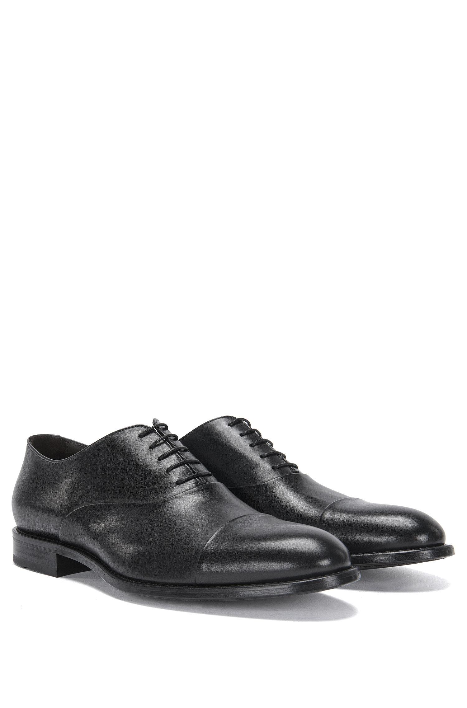 Veterschoenen van leer in Oxfordstijl met contrasterende schoenneus: 'Stockholm_Oxfr_ctst'