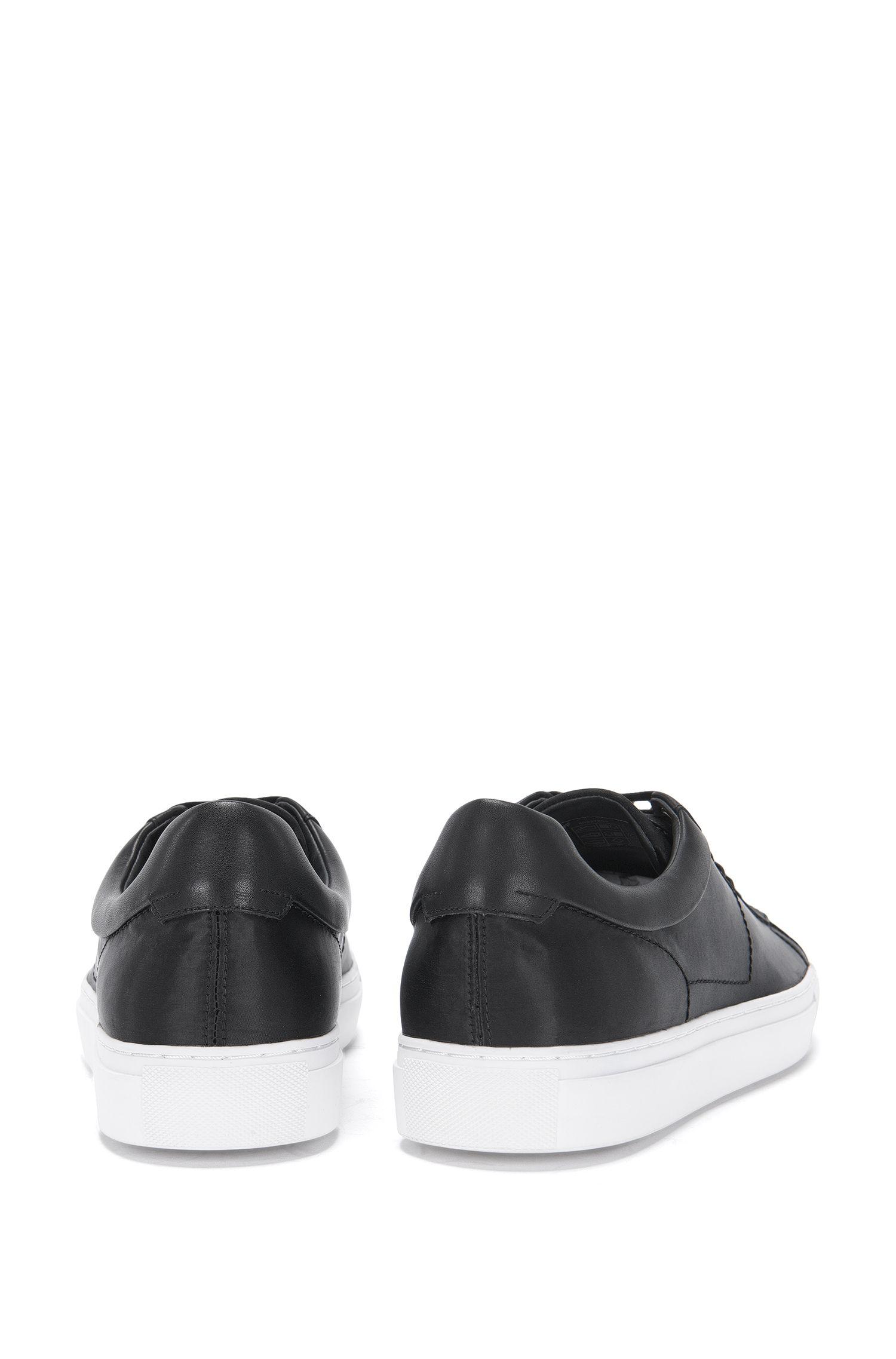 Sneakers van een materiaalmix met passement van leer en satijn: 'Timeless_Tenn_st'