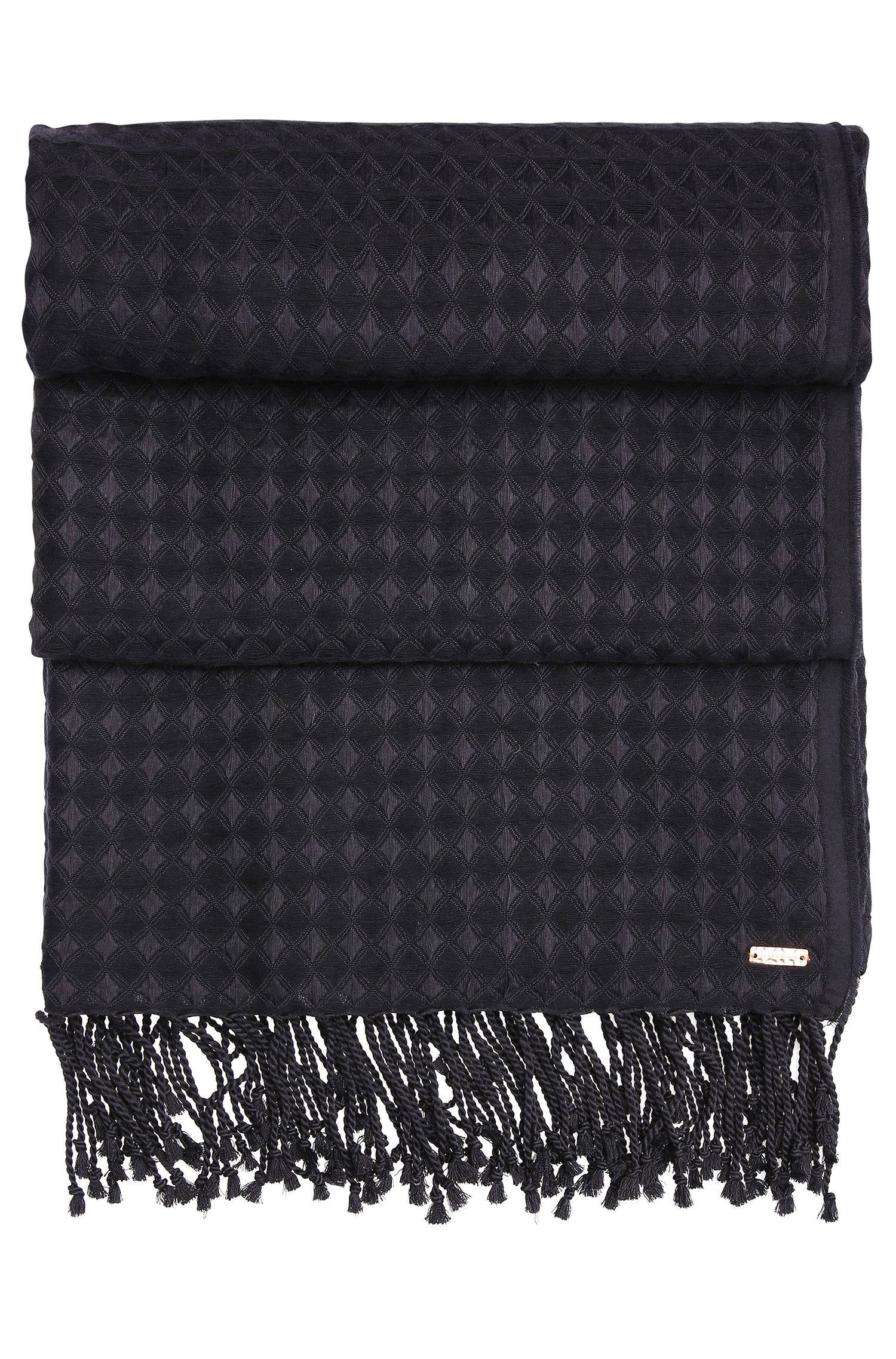 Waffled-look scarf with long fringes: 'Napulse'