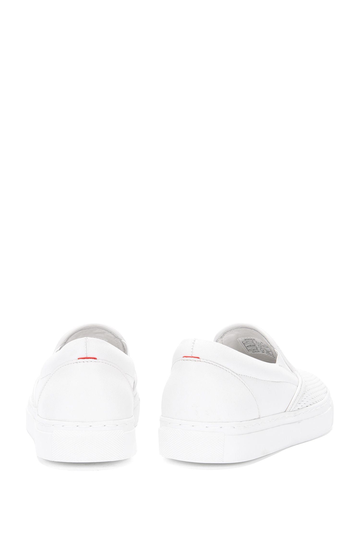 Schnürlose Sneakers aus perforiertem Leder: 'Chloe-P'