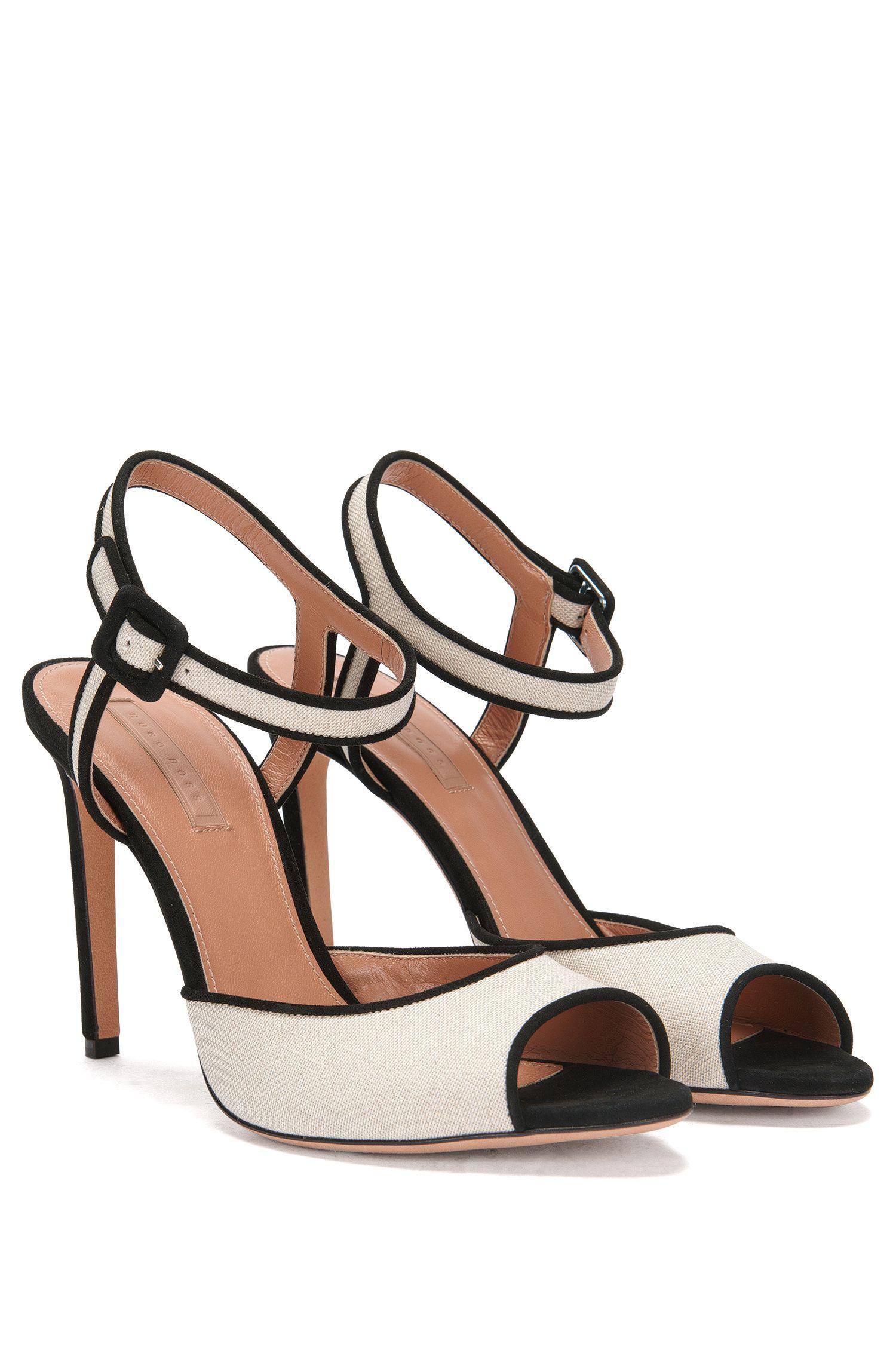 High Heels aus Leder und Canvas: 'Canvas Sandal'
