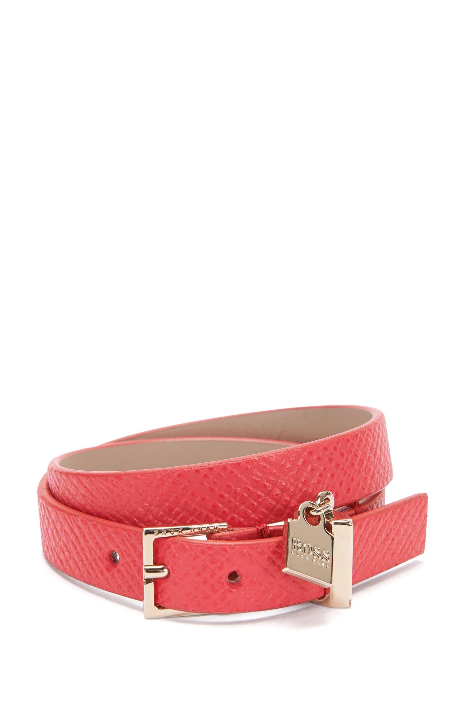 Leather bracelet with small pendant: 'Berlin Bracelet-FPA'