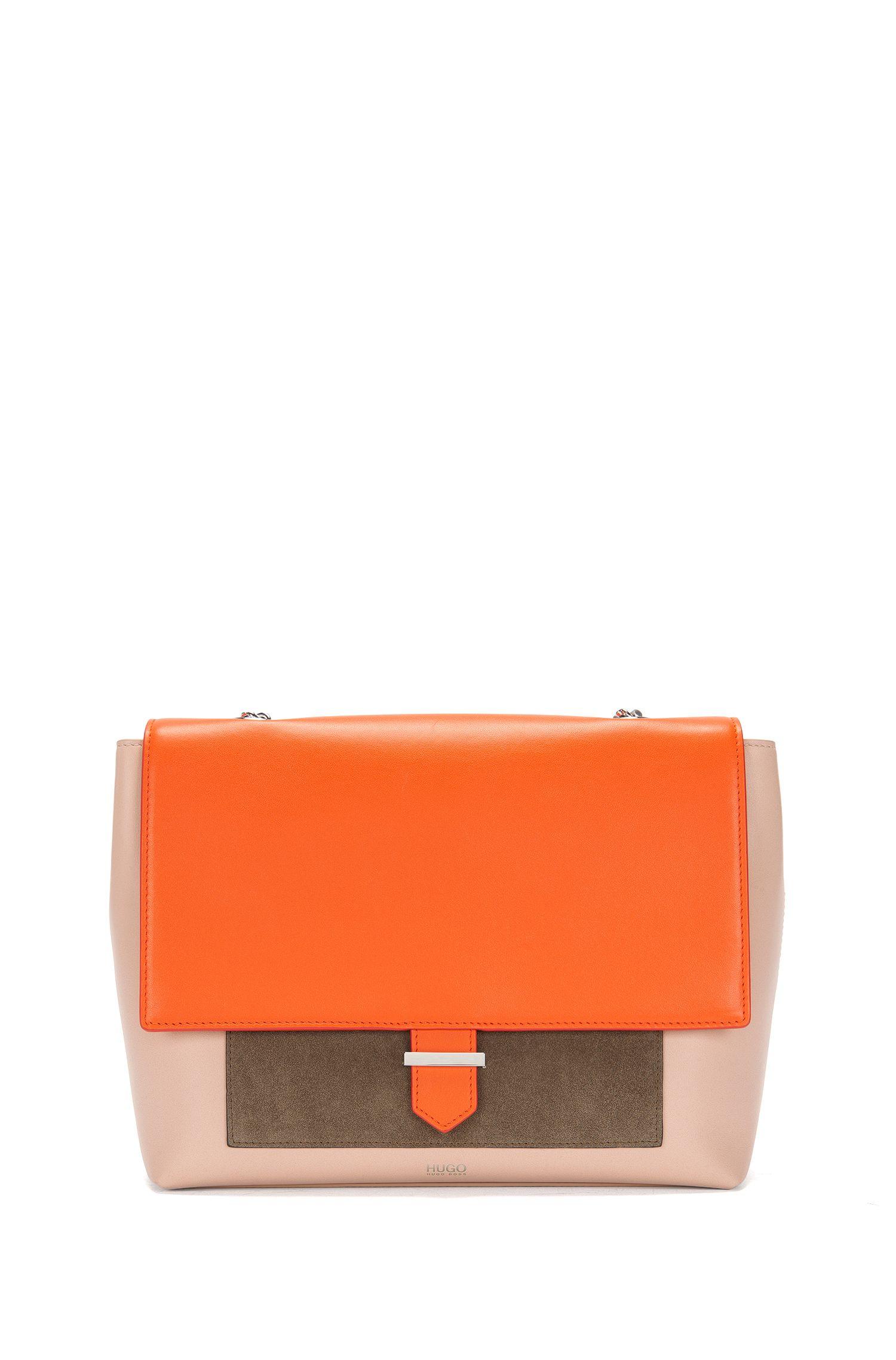 Schultertasche aus Leder im Farb- und Struktur-Mix: 'Pat'