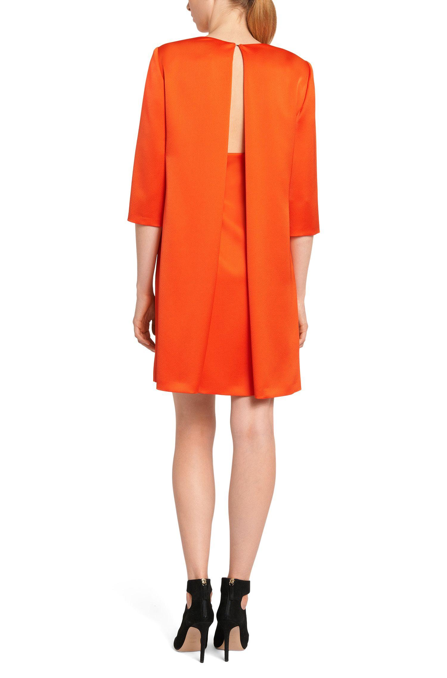 Kleid mit dekorativer Rückenaussparung: 'Kaitlyn'