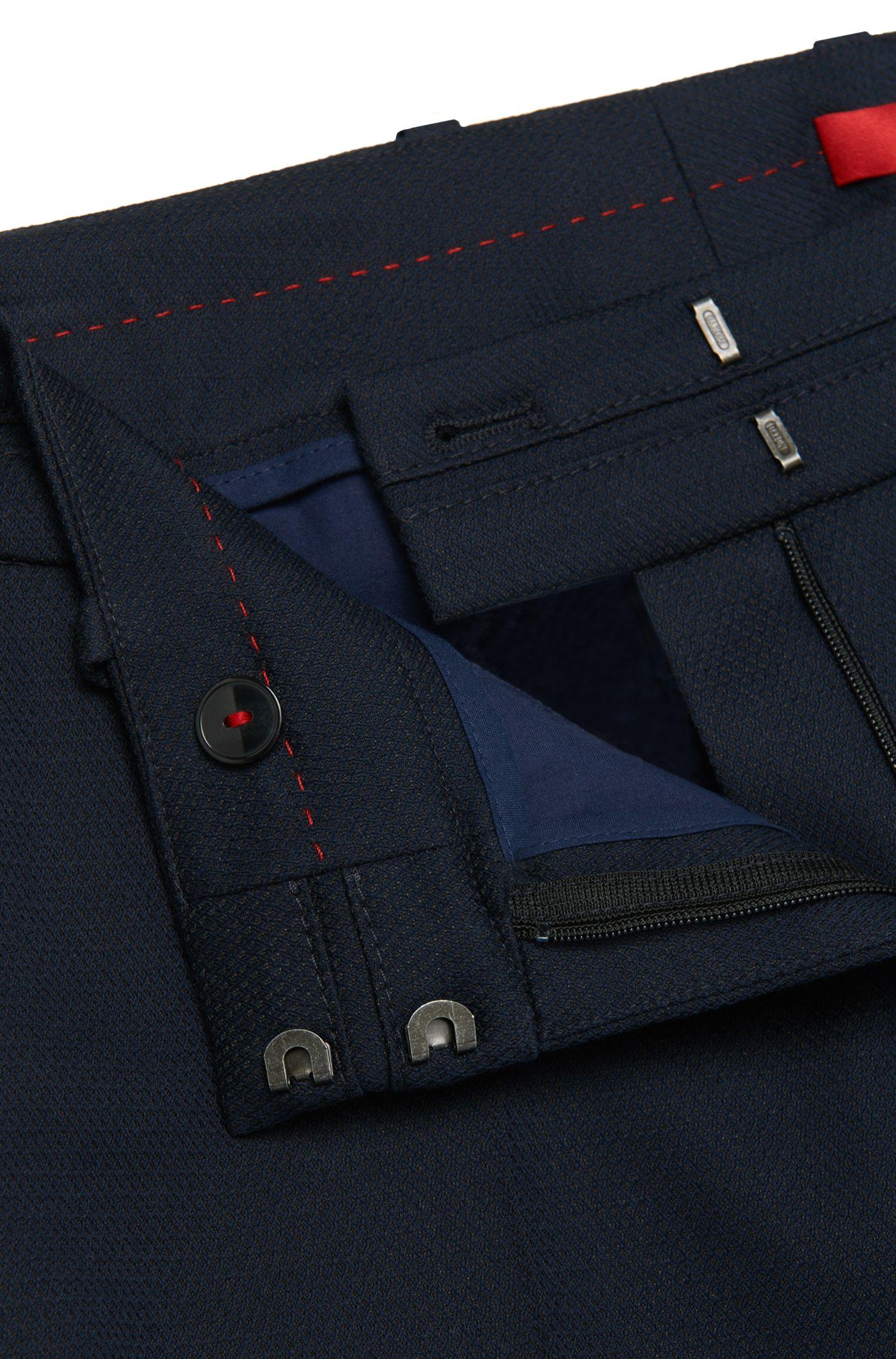 Gerade geschnittene Hose aus Baumwoll-Mix mit Struktur-Muster: 'Halune'