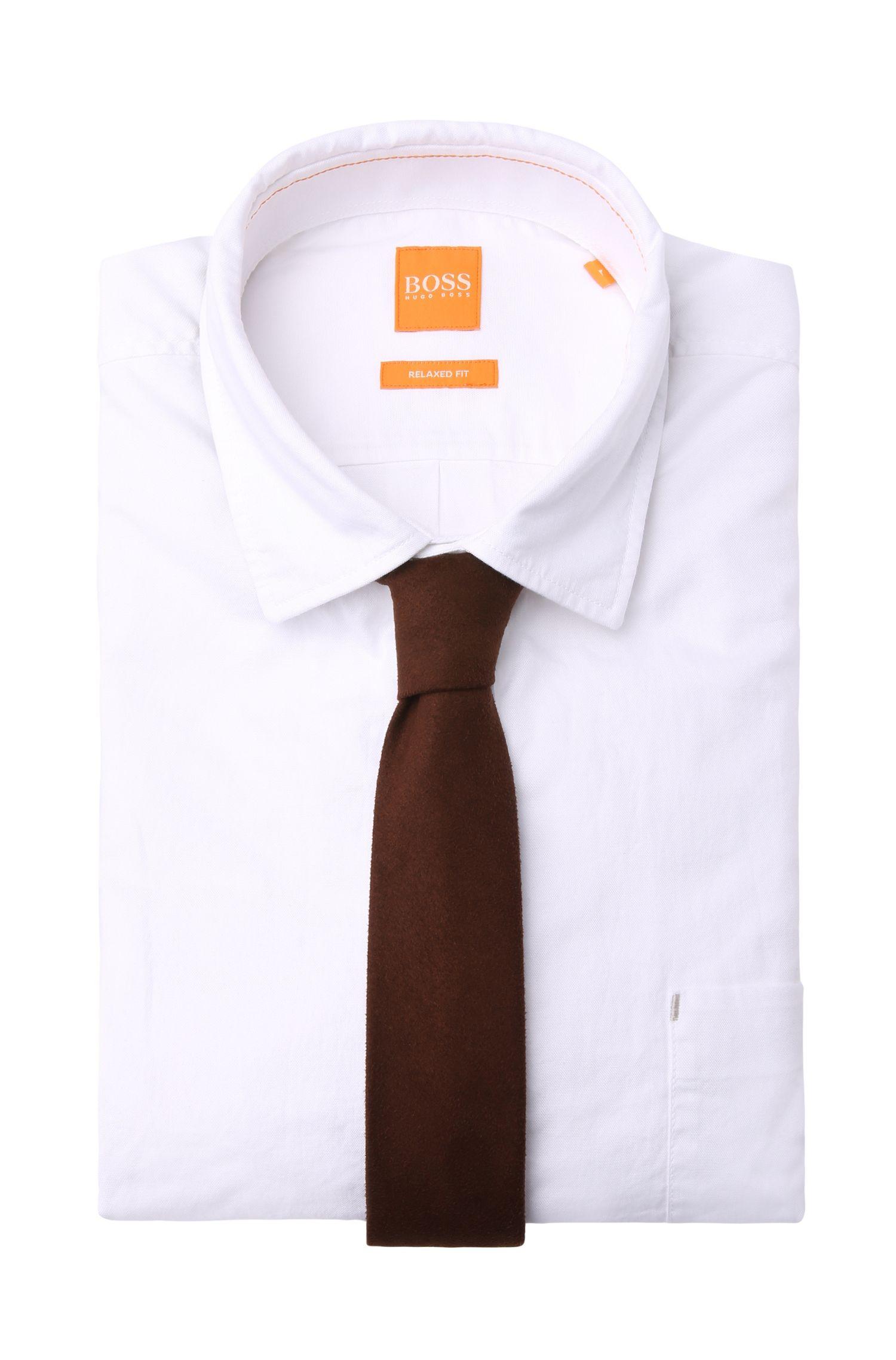 Effen stropdas in suèdelook: 'Tie 5'