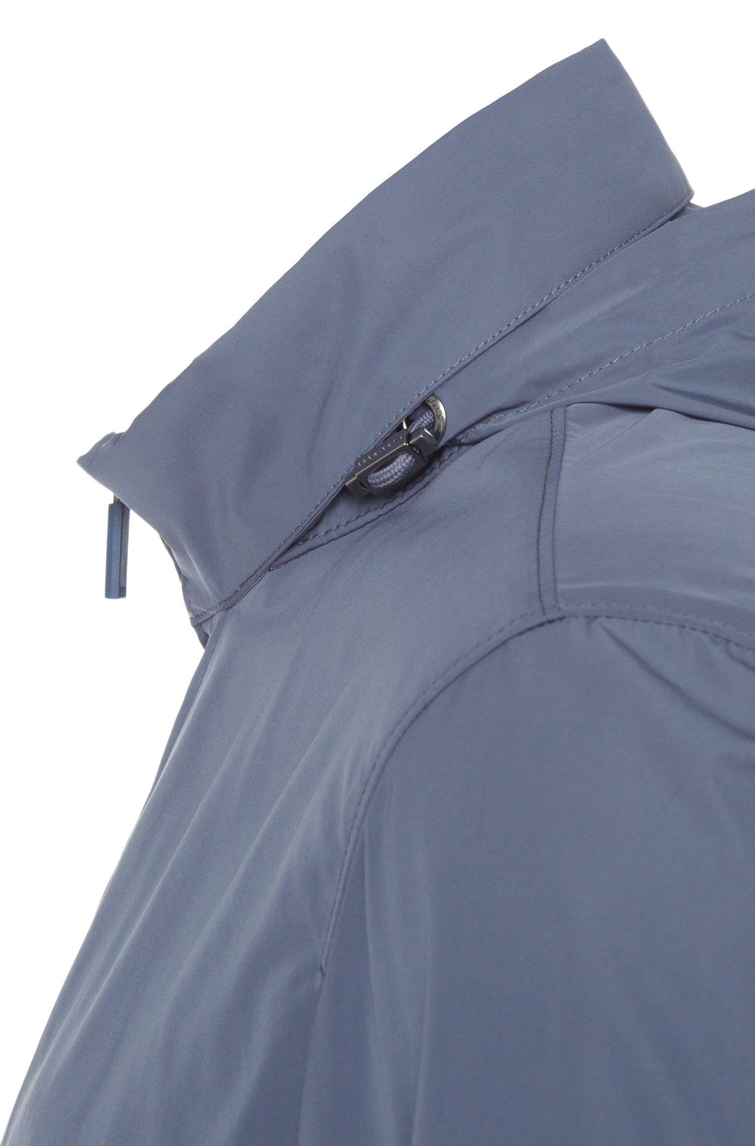 Blouson imperméable à capuche intégrée: «Carpio1»