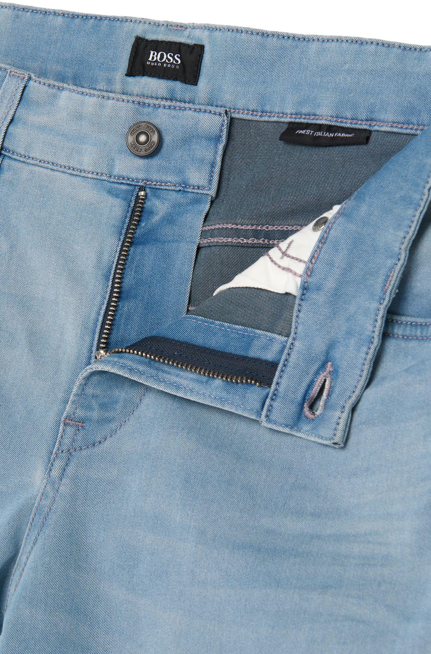 Slim-fit jeans van een katoenmix met subtiele used-wassing: 'Delaware3-1'