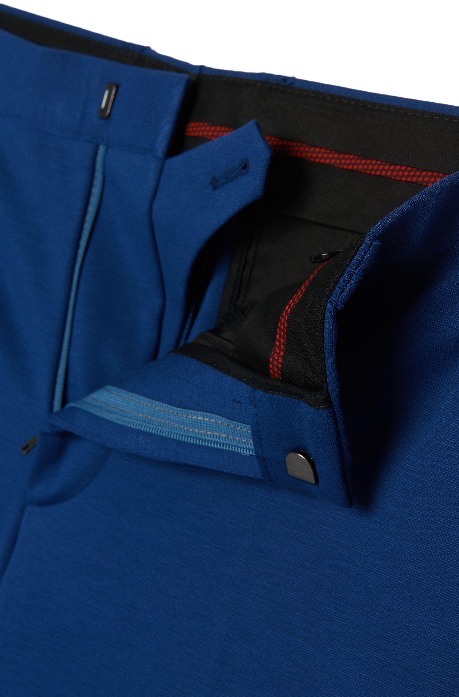Costume Slim Fit en viscose mélangée extensible à bords francs: «Arsey1/Hyns1»