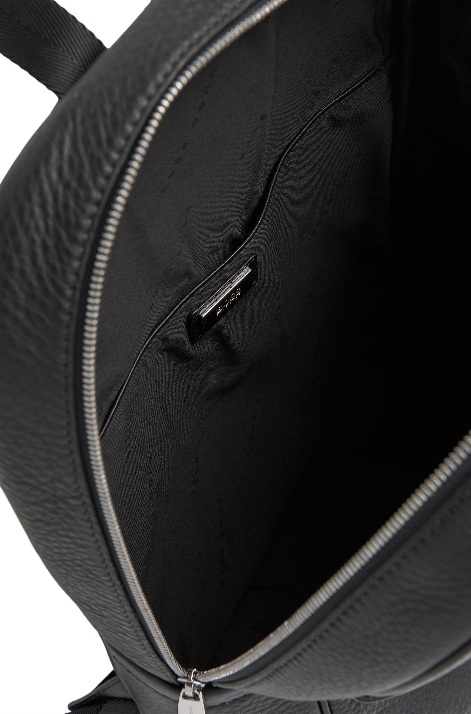 Rucksack aus gemasertem Leder: 'Traveller_Backp S17'