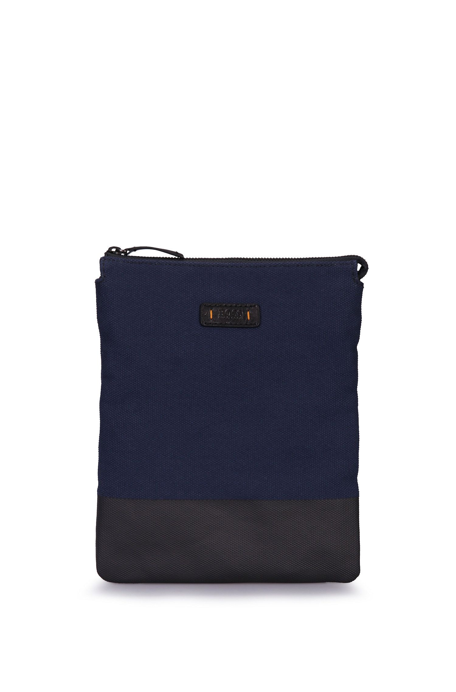 Pouch in textured cotton: 'Lightime_S zip env'