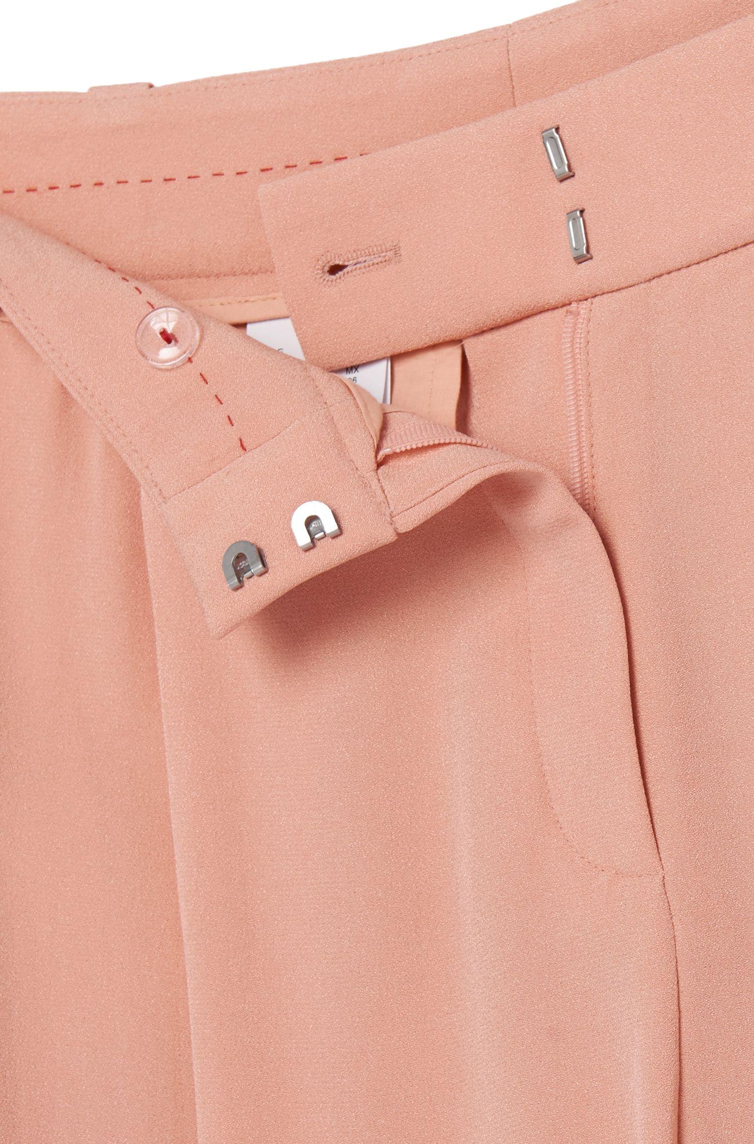 Hoch taillierte Shorts mit Bundfalten: 'Herki'
