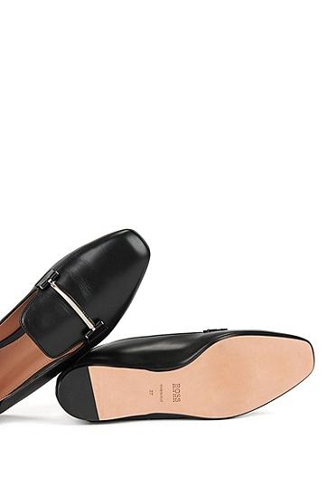 带折叠式鞋跟支撑架的皮革乐福鞋,  001_黑色
