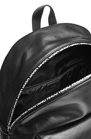 饰以印花拉链的光滑皮革双肩包,  001_黑色