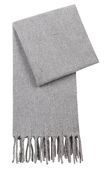 饰以粗棒针织流苏镶边的羊毛混纺围巾,  032_中灰色