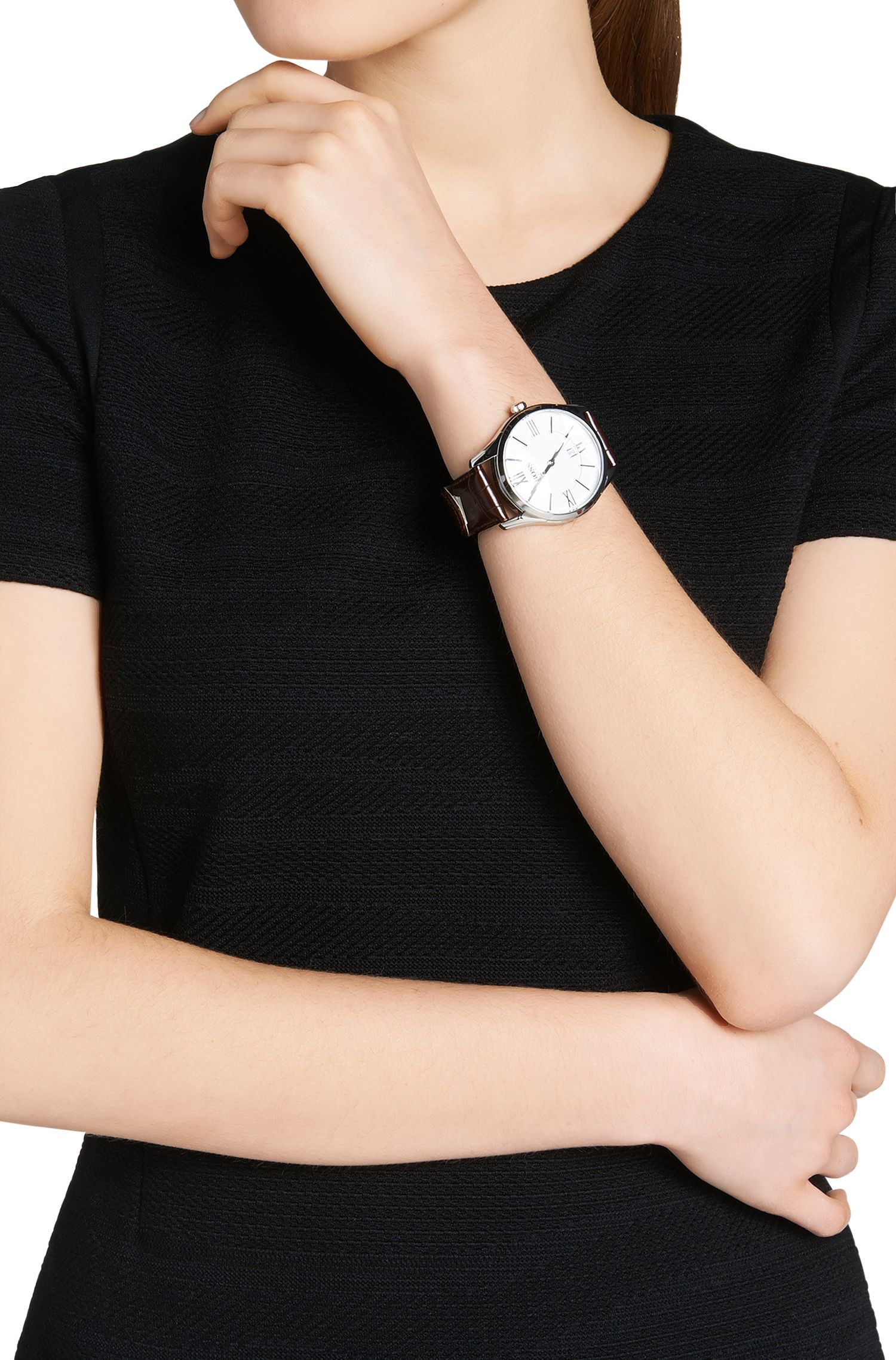 Armbanduhr mit Quarzwerk und Lederarmband: 'HB6038'