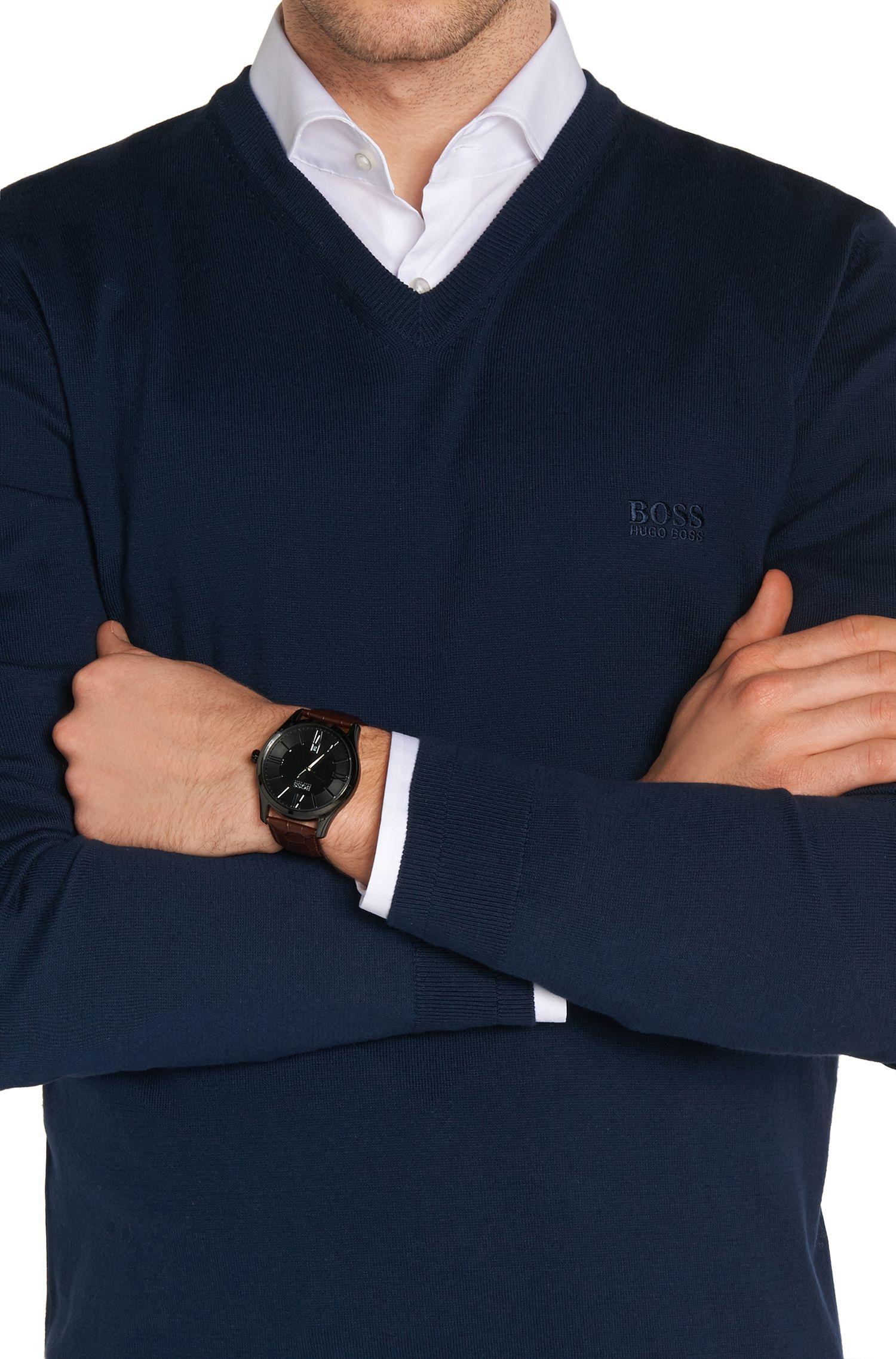 Drei-Zeiger-Uhr mit Edelstahlgehäuse und geprägtem Lederarmband: 'HB2251'