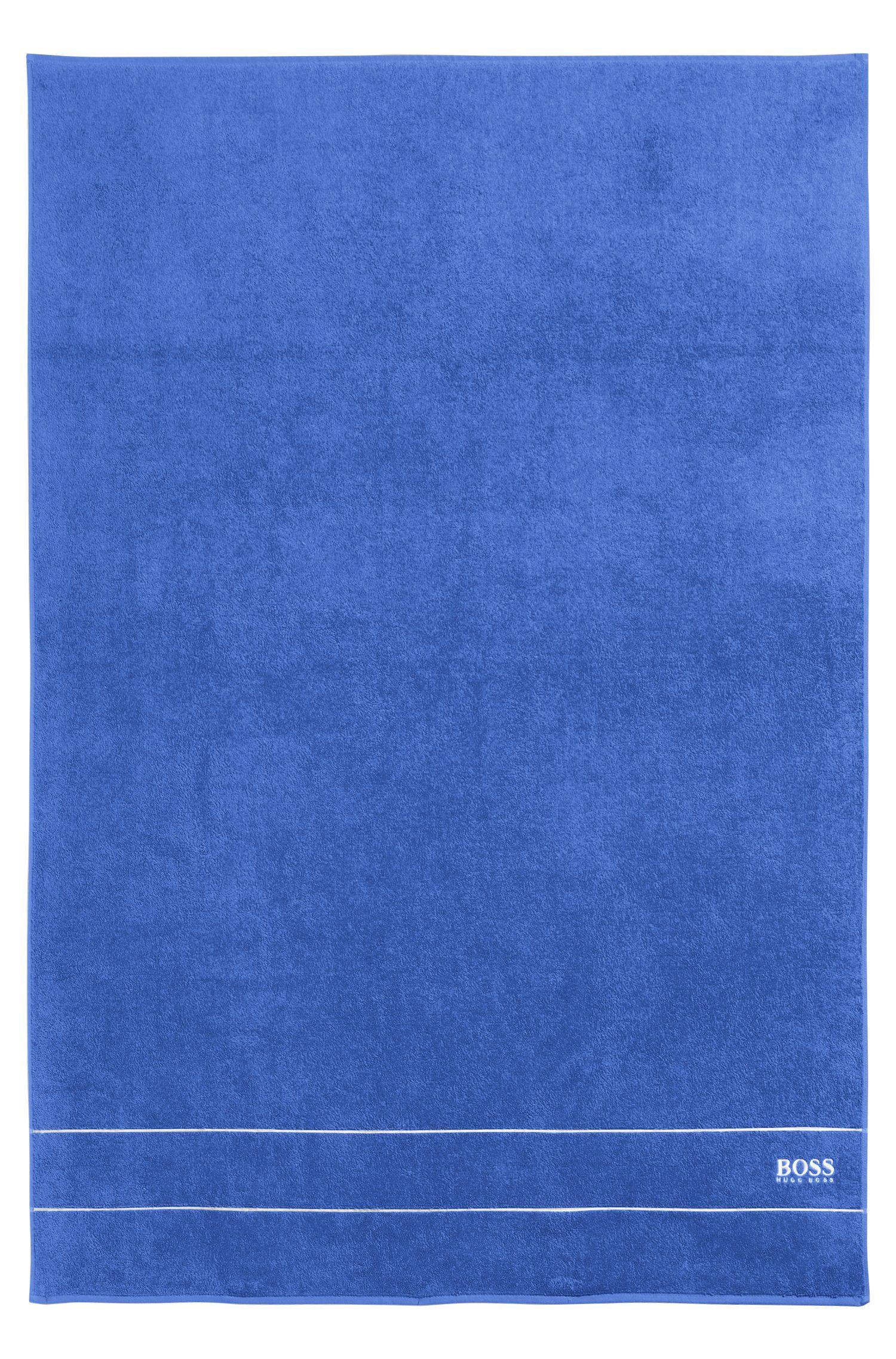 Badhanddoek 'PLAIN' met logo in contrastkleur