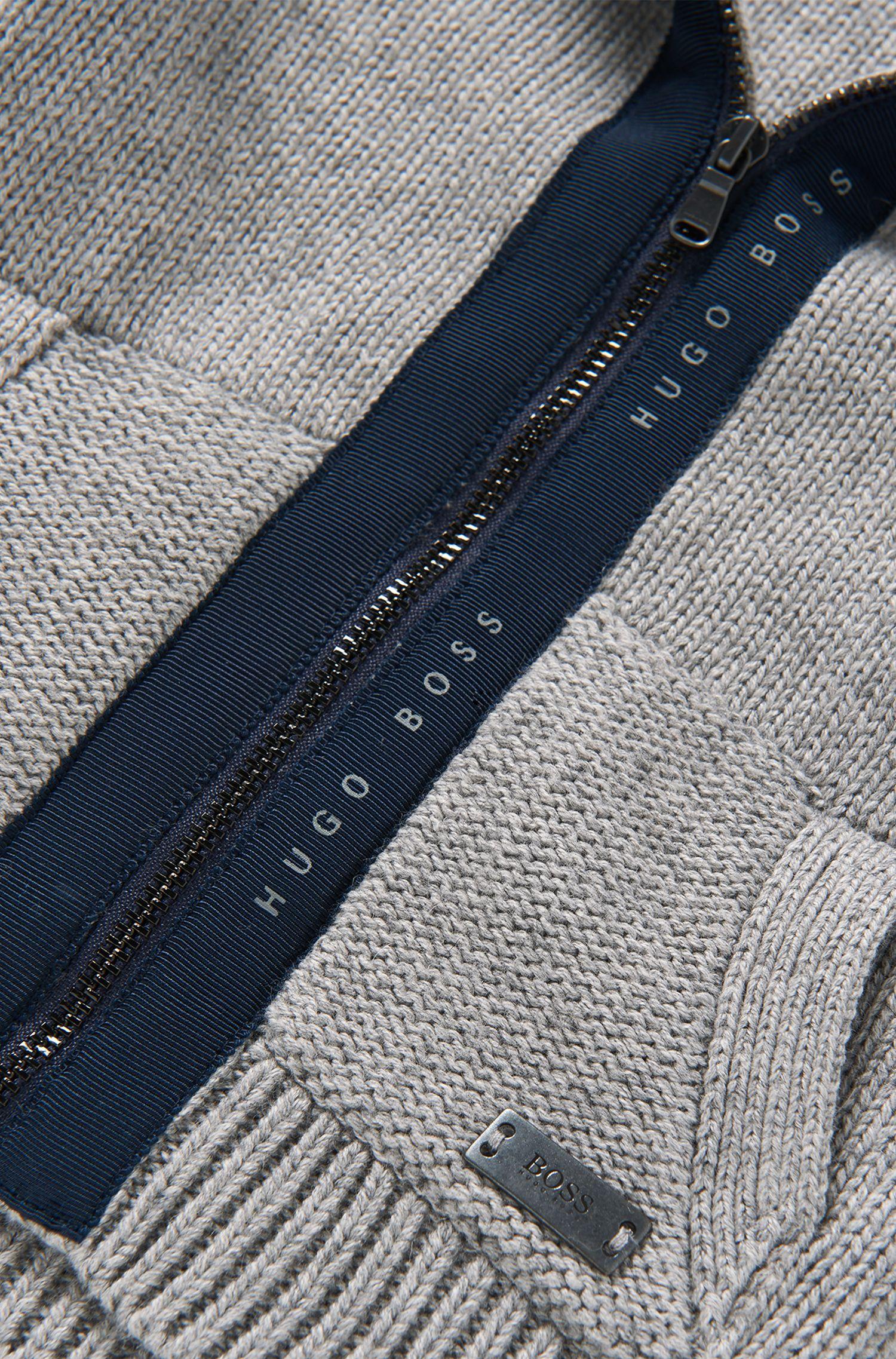 Gebreid vest van een katoenmix: 'J05T31'