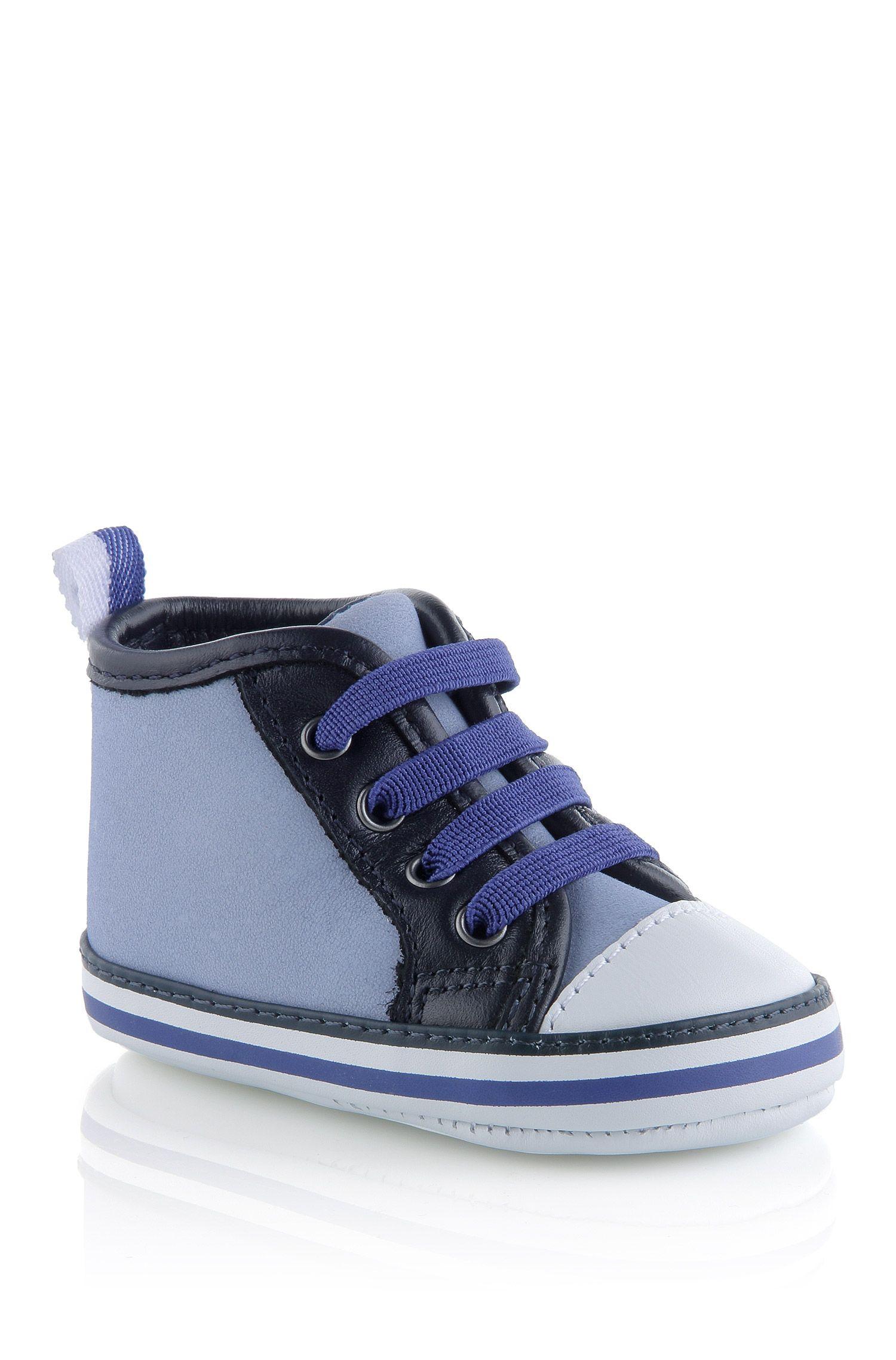 Chaussures pour bébé «J99035» en daim