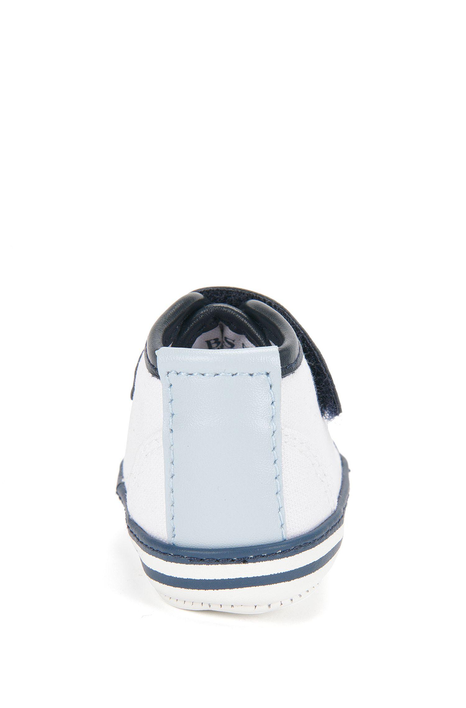 Chaussures pour bébé avec détails en cuir et semelle en cuir: «J99043»
