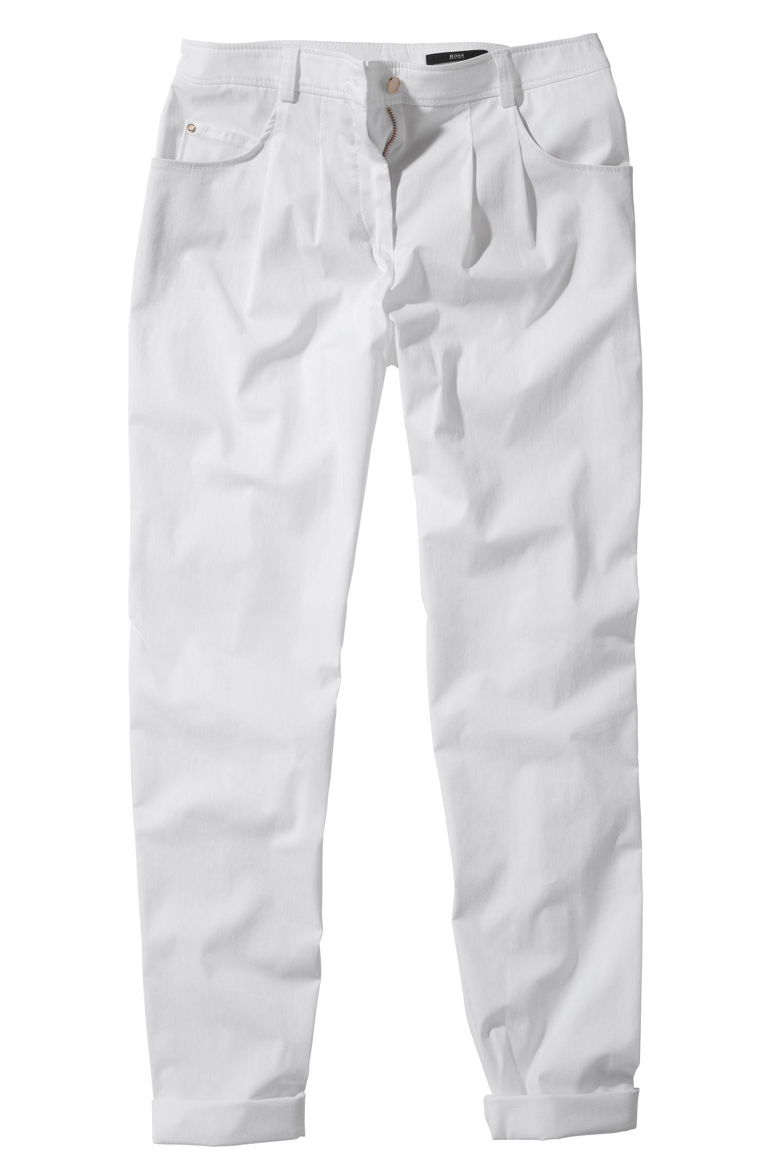 Pantalon chino à pinces, Nastija