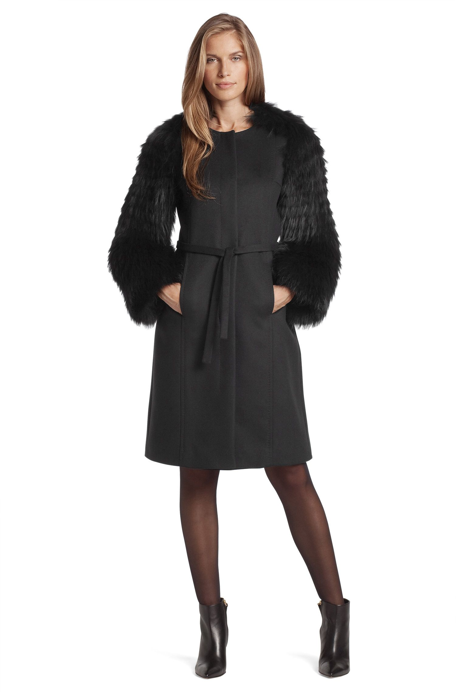 Mantel ´Cesna` mit Ärmeln aus Waschbär-Fell