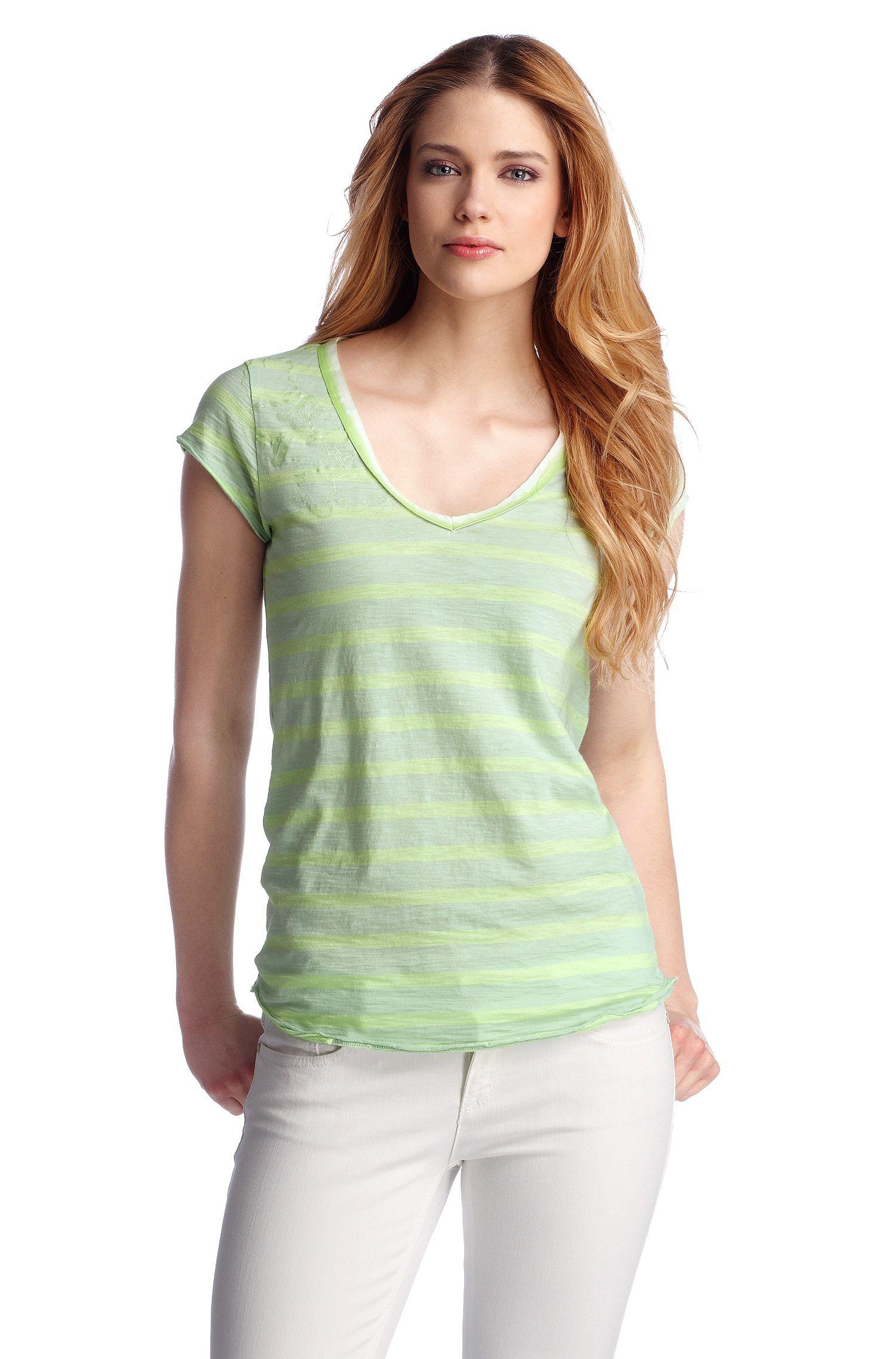 T-shirt ´Vatty` met V-hals