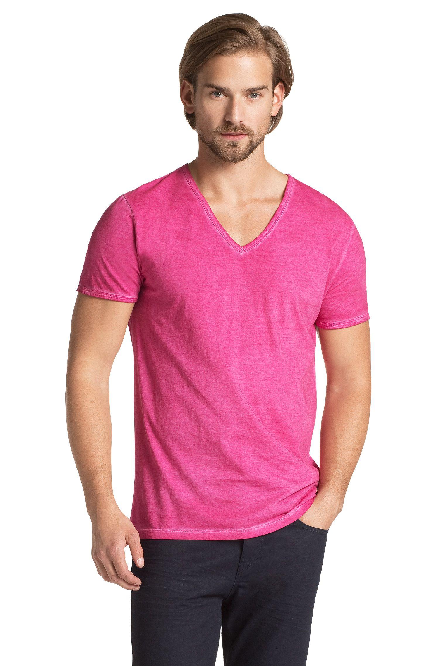 T-shirt ´Toulouse` met V-hals, van BOSS Orange
