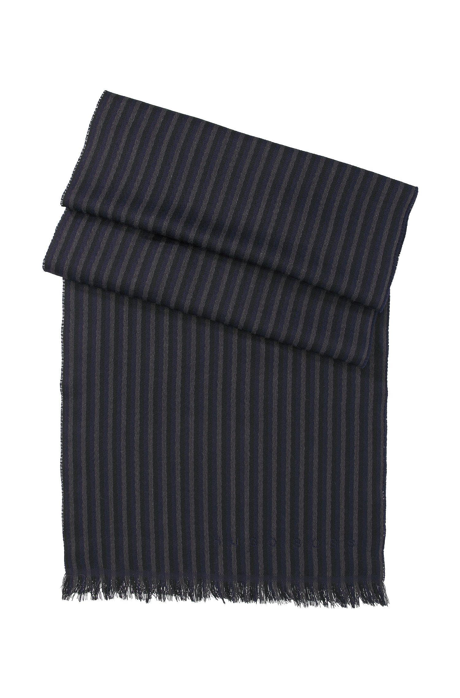 Gebreide sjaal ´Pevo`, van wol