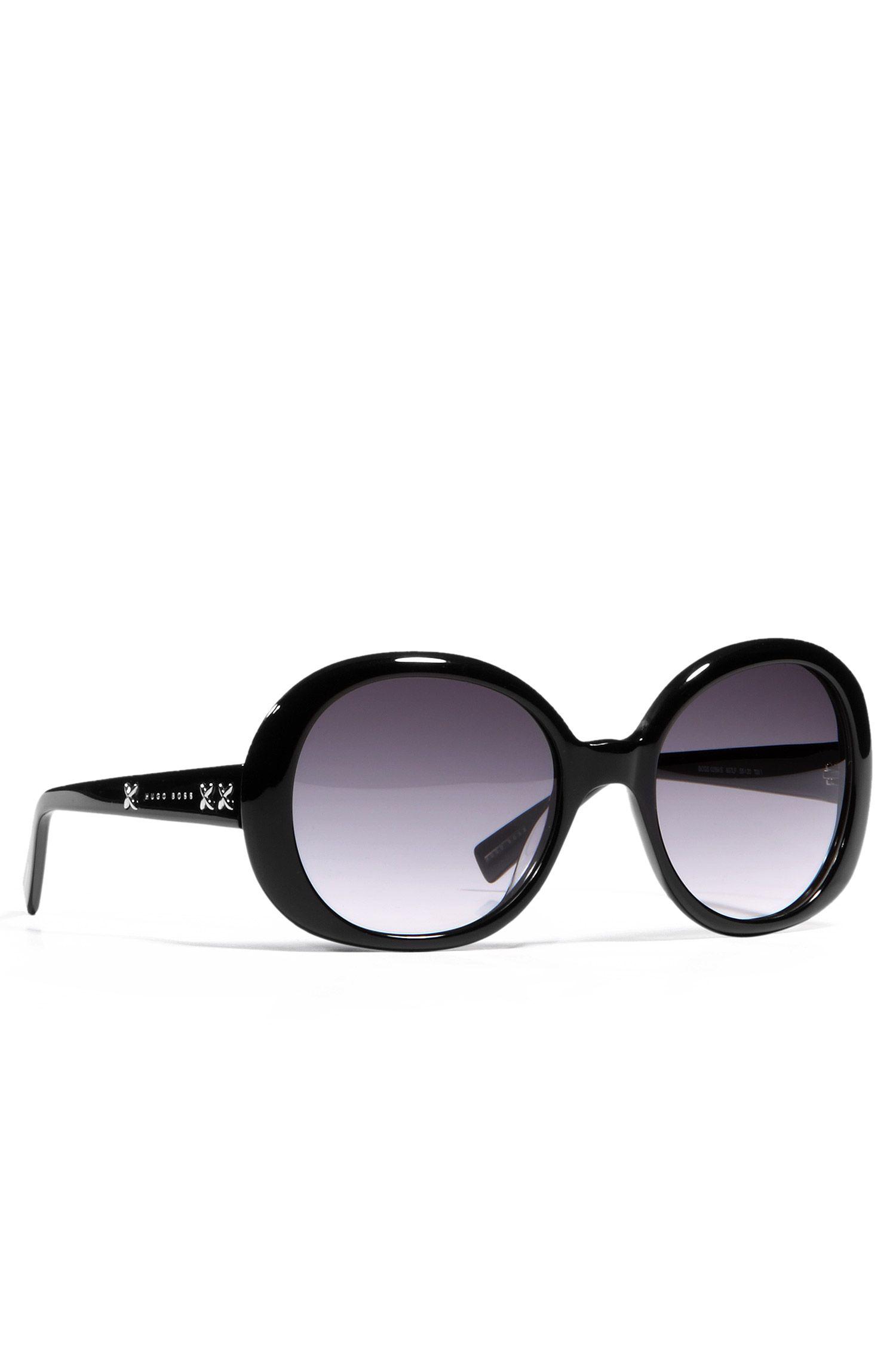 Damensonnenbrille im 70er Jahre Stil