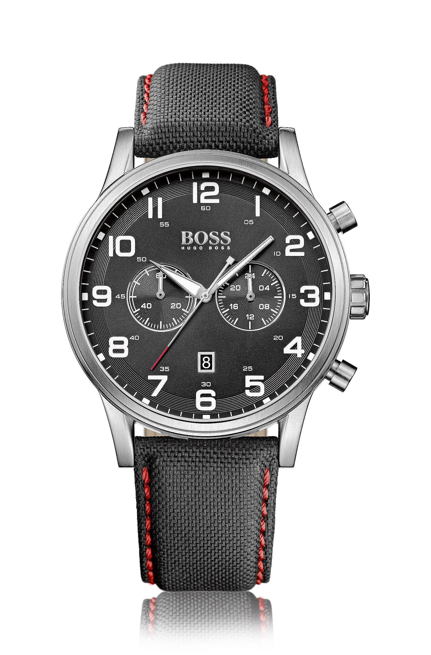 Montre chronographe flyback à deux sous-cadrans en acier inoxydable brossé, avec bracelet en tissu