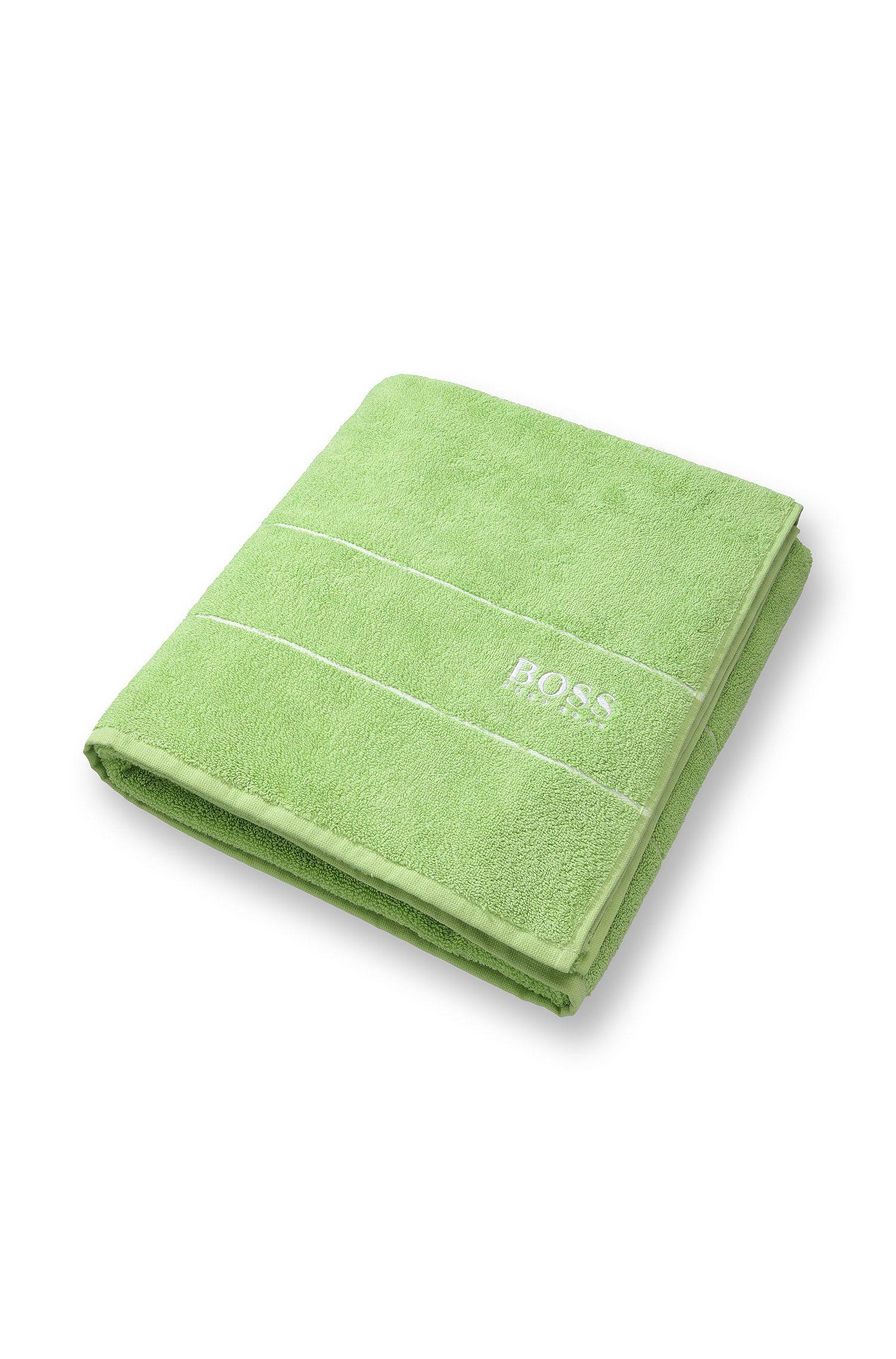 Toalla de baño extragrande en algodón egipcio de la máxima calidad con logo en el borde, Verde