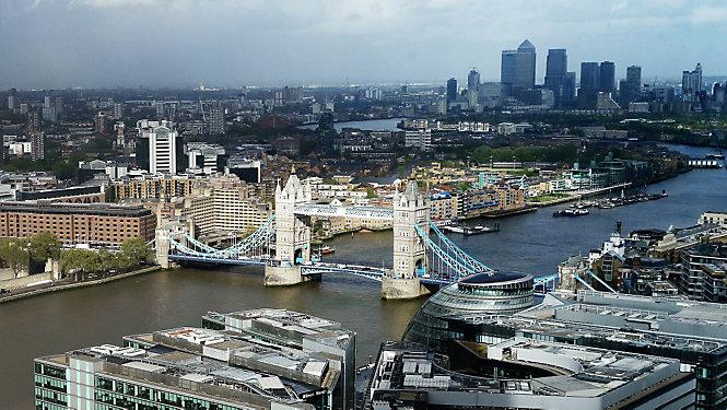 伦敦一天 与刘易斯·汉密尔顿一起游览伦敦 - eMAG HUGO BOSS