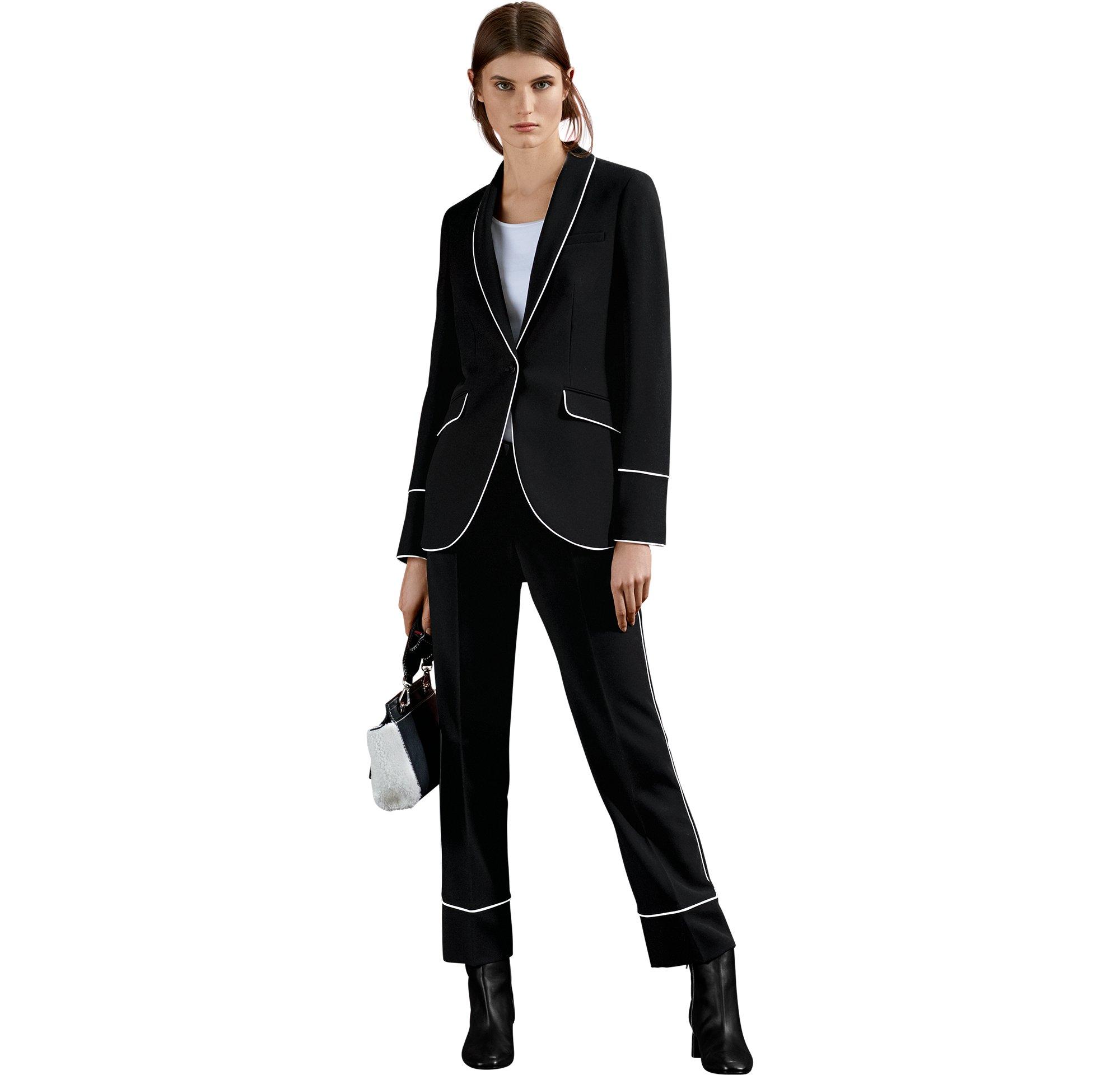 BOSS_Women_CTG_FW17_Look_14,