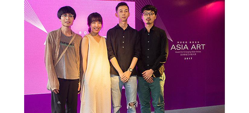 从左至右:入围艺术家李明先生(中国)、于吉女士(中国)、陶辉先生(中国)、赵仁辉先生(新加坡)