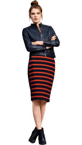 BOSS_ORANGE_Women_PS17_Look_18,