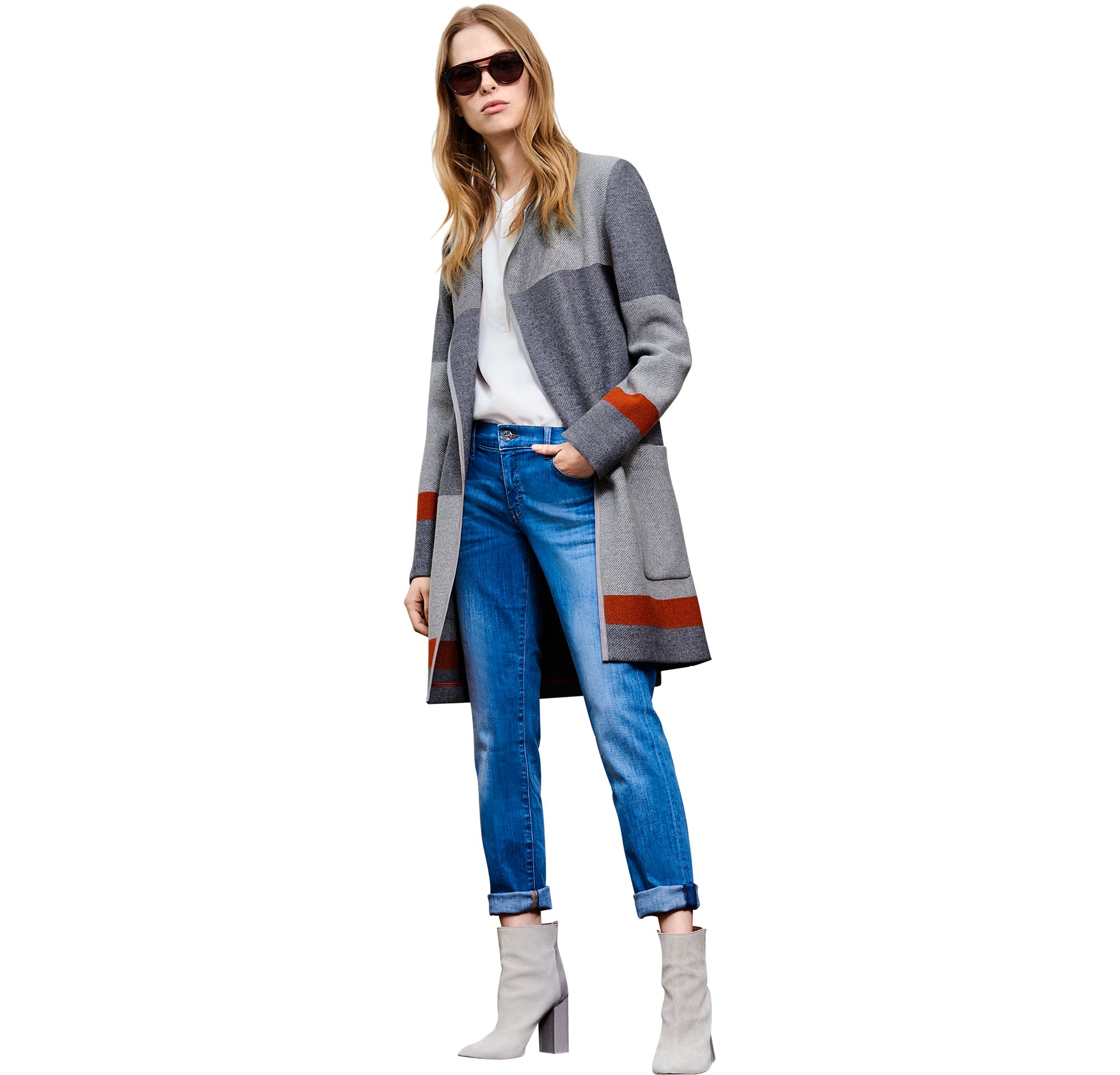 Manteau, chemisier, jeans, bottines BOSS Orange Femme