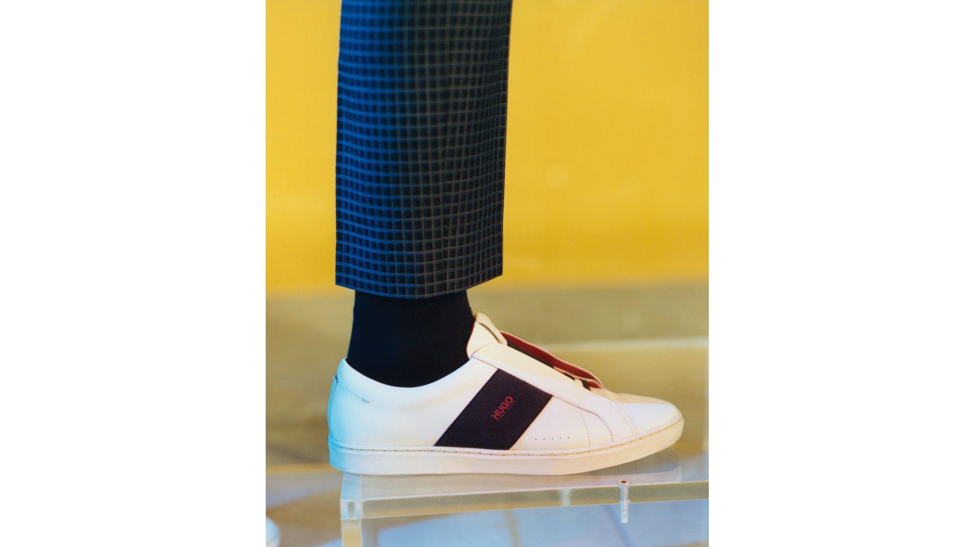Schuh von HUGO