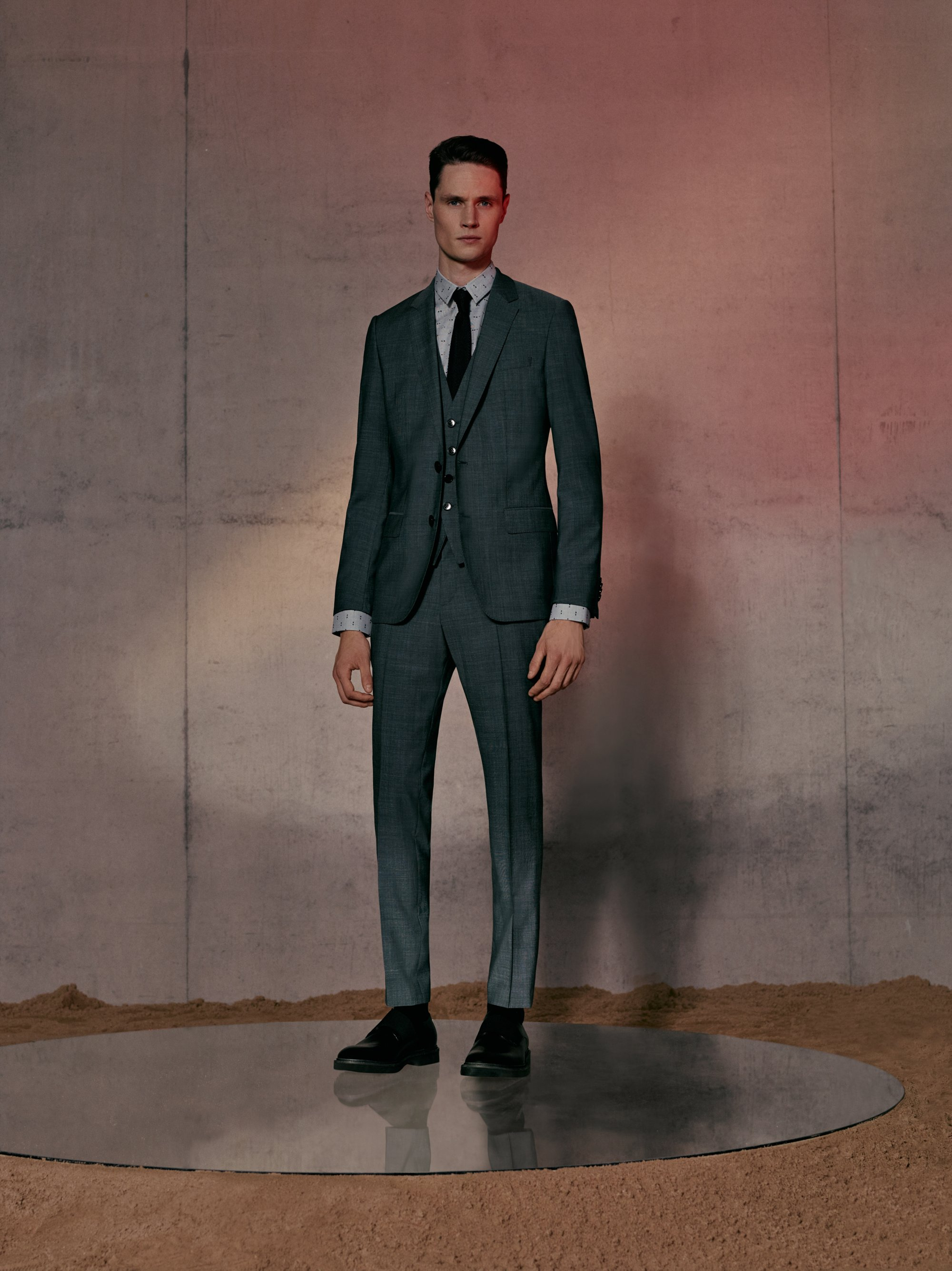 Suit, shirt and tie by HUGO Men