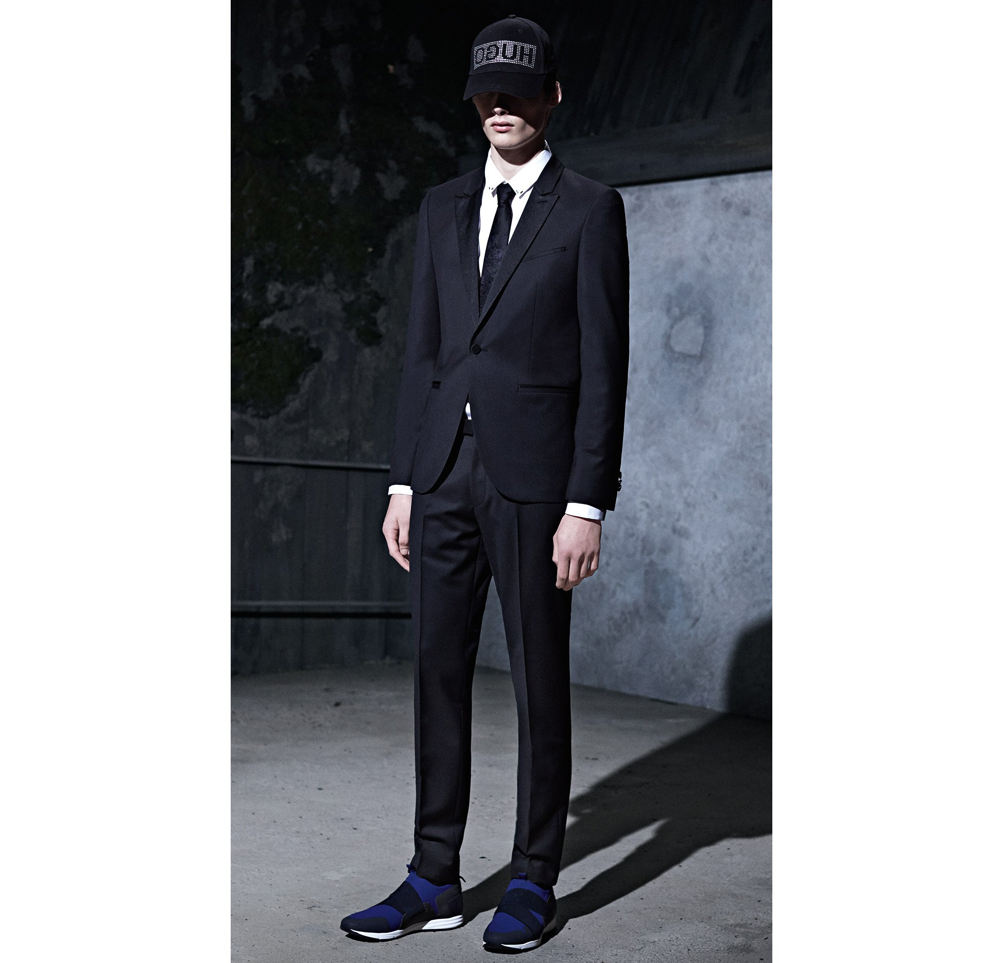 HUGO_Men_PS18_Look_33