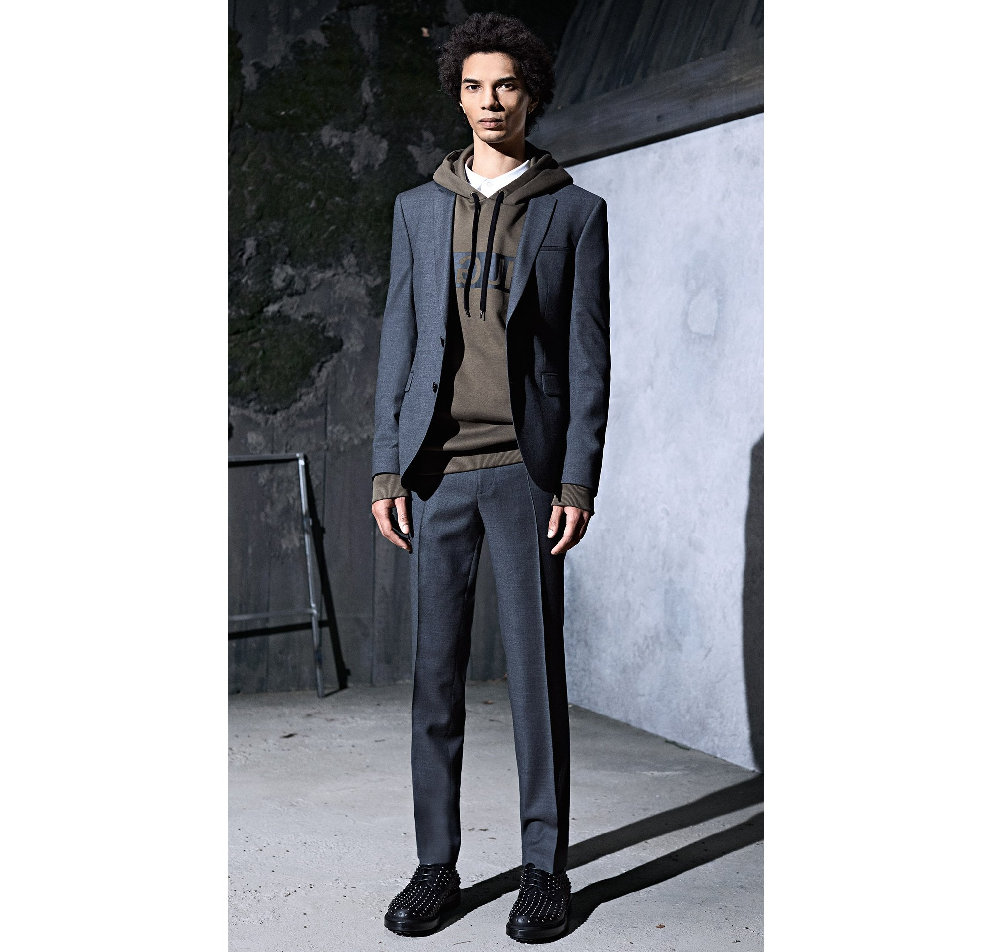 HUGO_Men_PS18_Look_25
