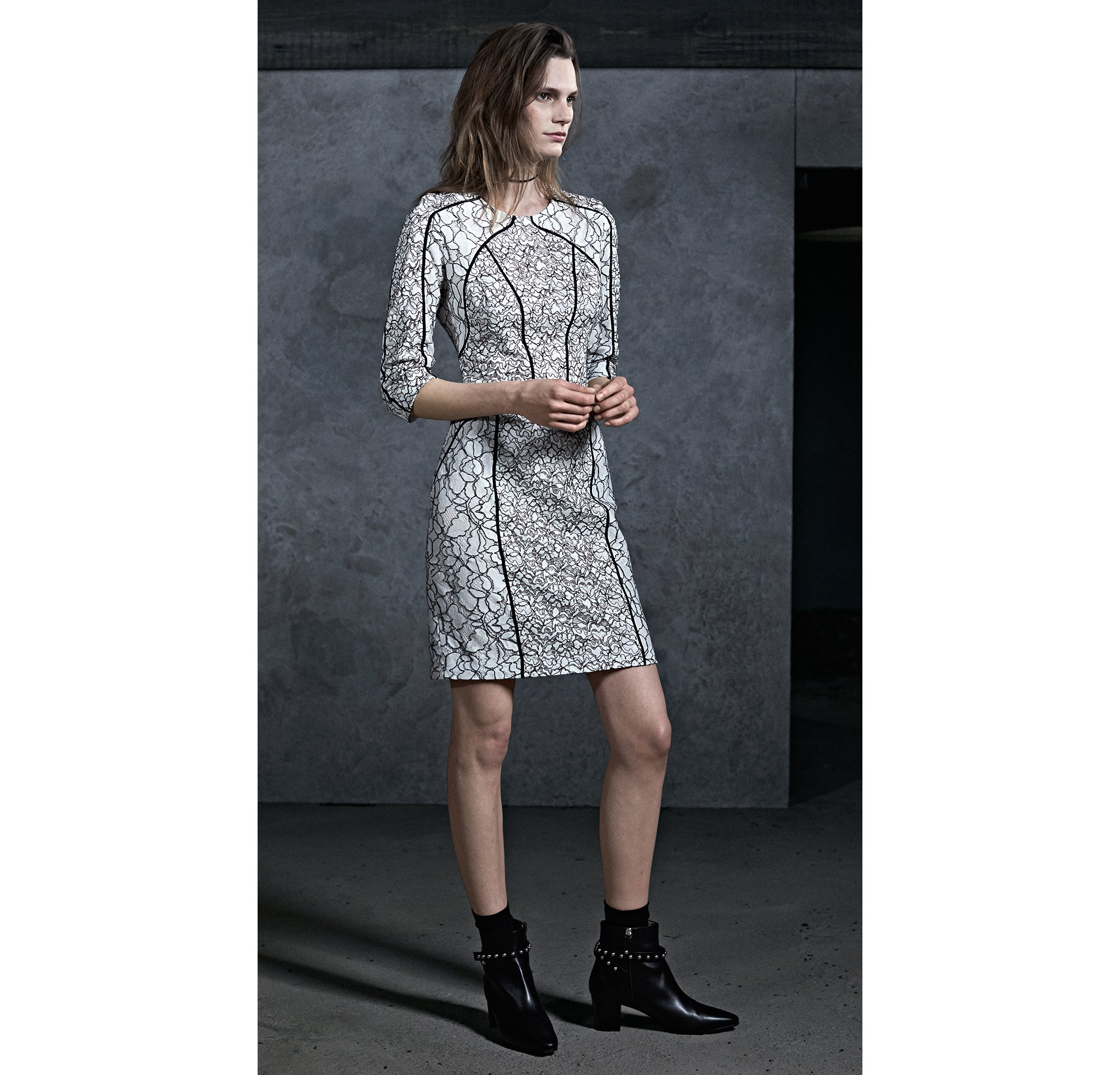 HUGO_Women_PS18_Look_1
