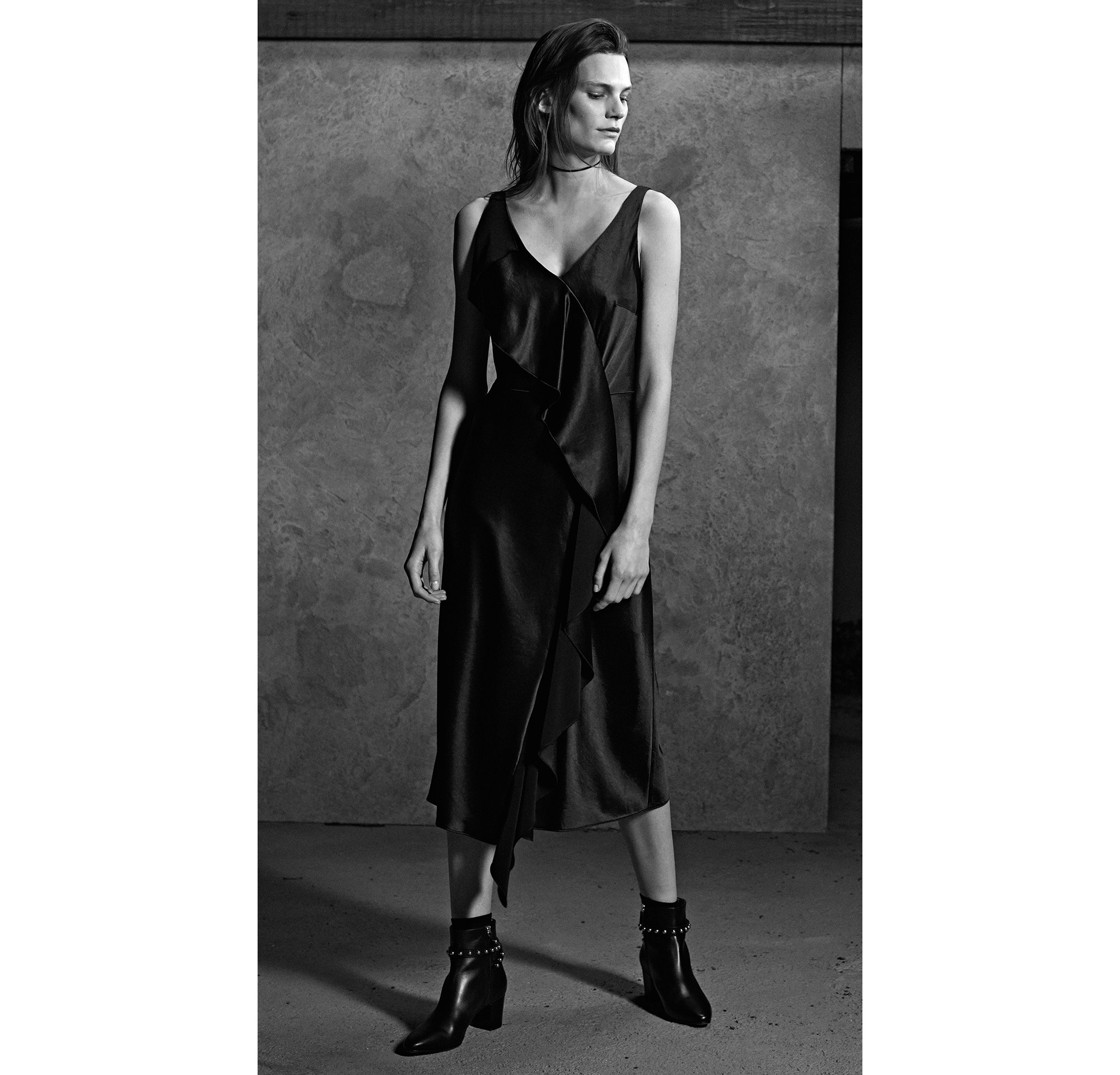 HUGO_Women_PS18_Look_15,