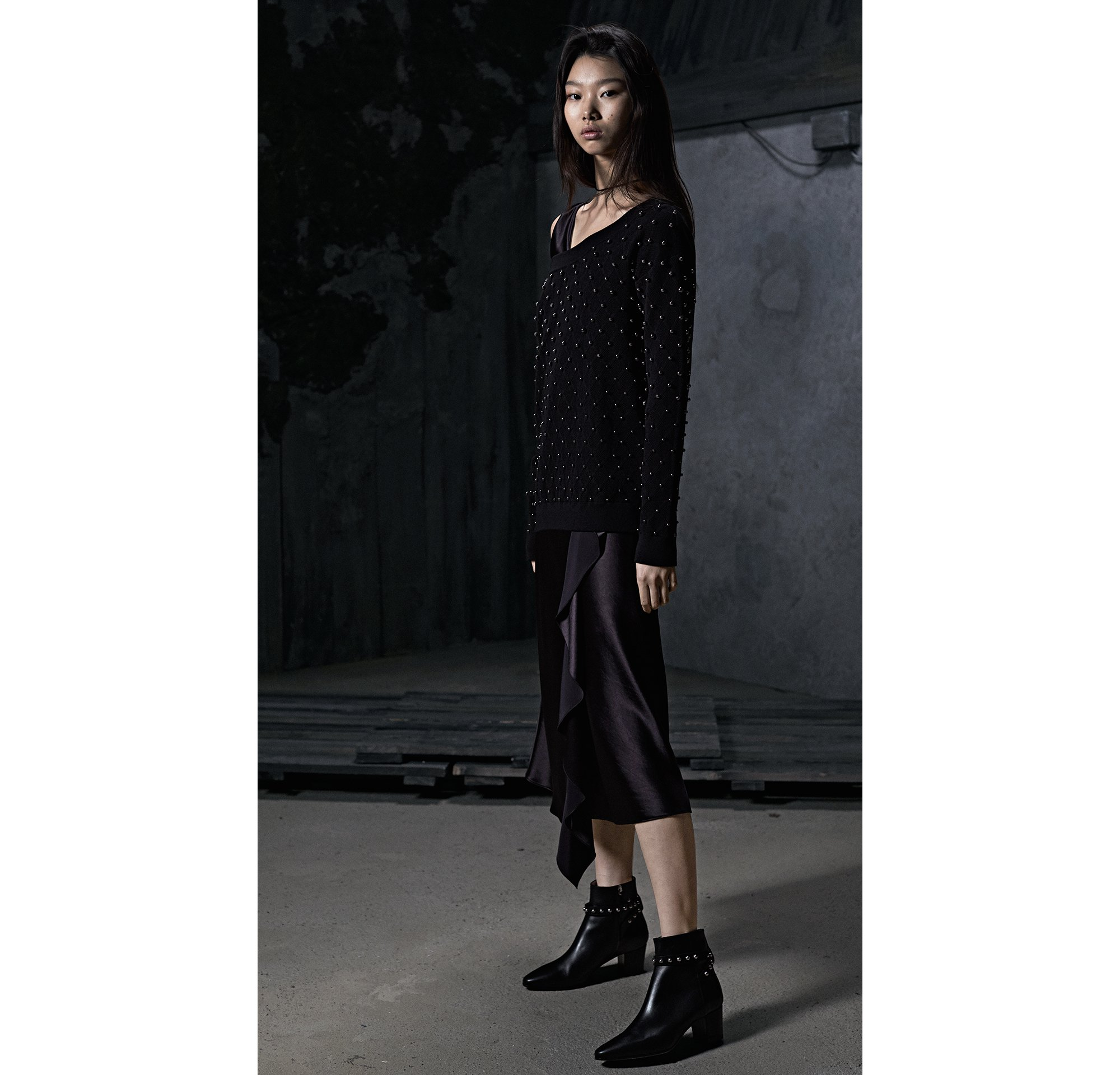 HUGO_Women_PS18_Look_16,