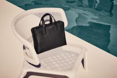 Schwarze Signature Portfolio Bag und schwarze Signature Bag von BOSS